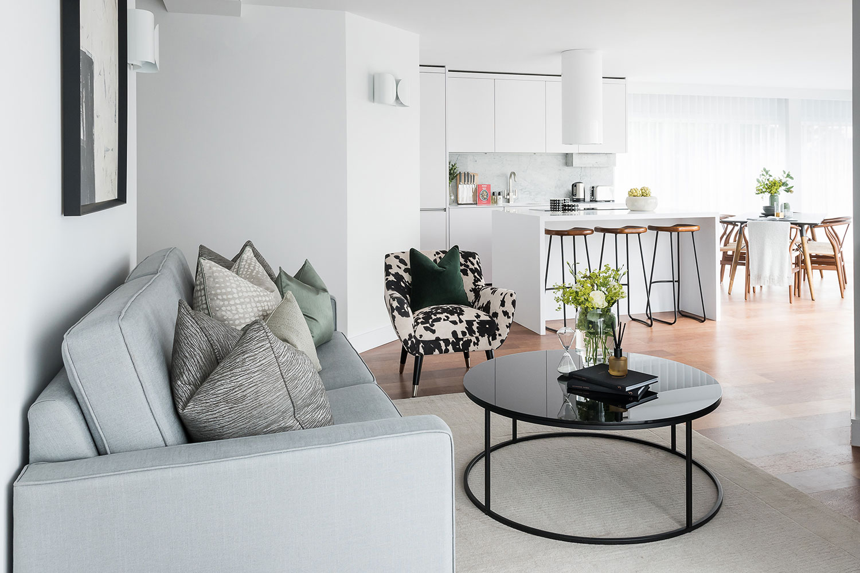 BoxNine7_Queenstown_Road_001_Living_Room_Entrance_Area_Sitting_Room.jpg