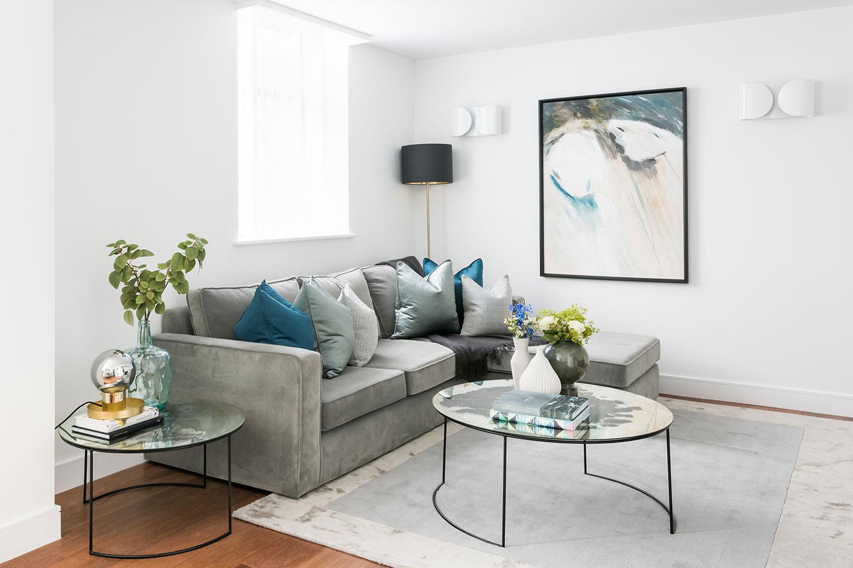 BoxNine7_Queenstown_Road_014_Living_Room_Entrance_Area_Sitting_Room.jpg