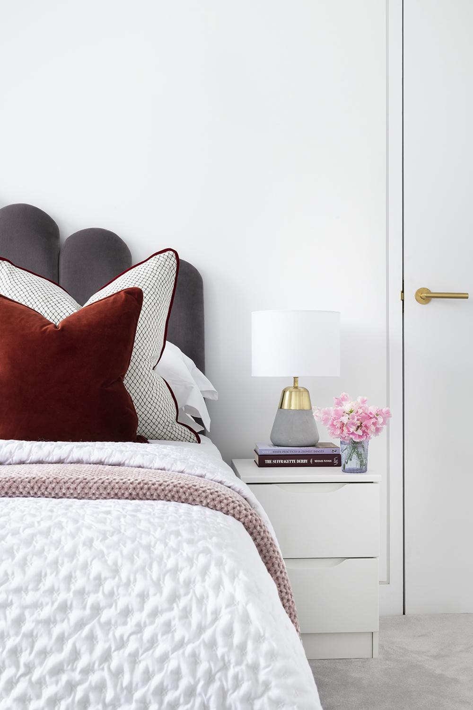 BoxNine7_Enford_Street_007_Bedroom.jpg
