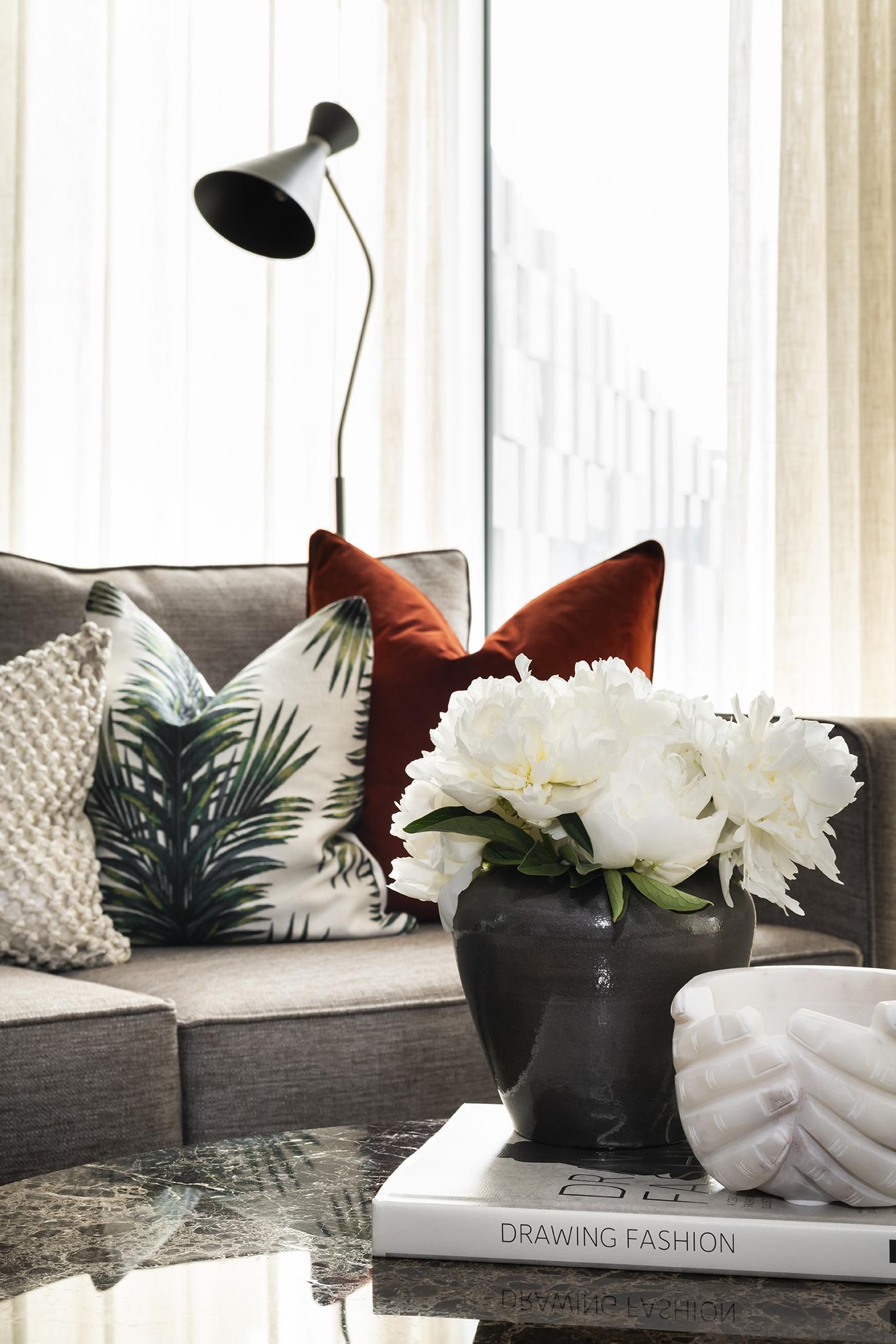 BoxNine7_Paddington_Gardens_006_Living_Room.jpg