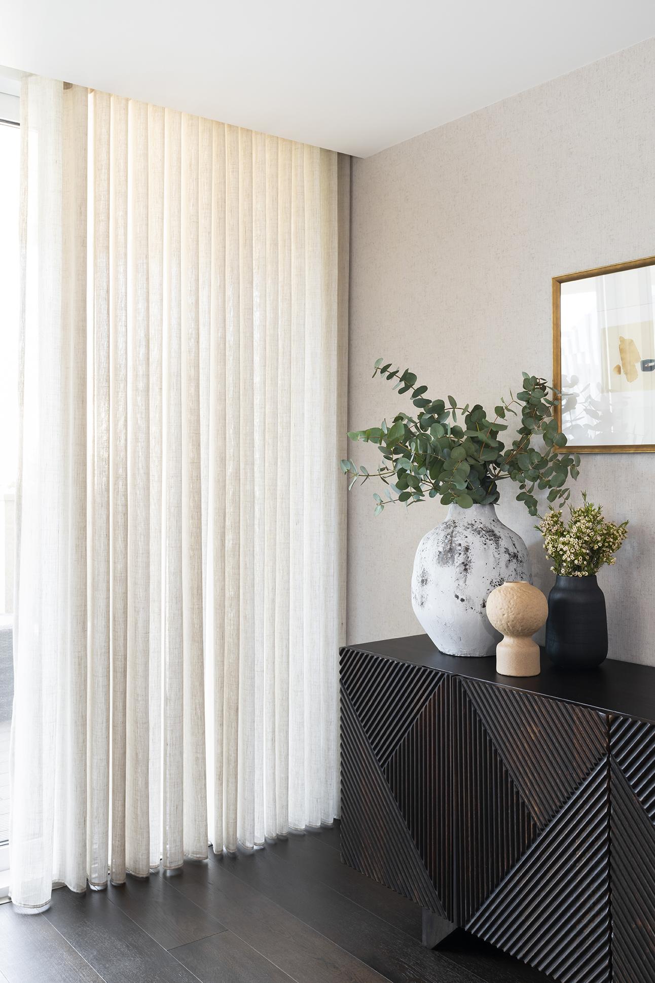 BoxNine7_Paddington_Gardens_007_Living_Room.jpg
