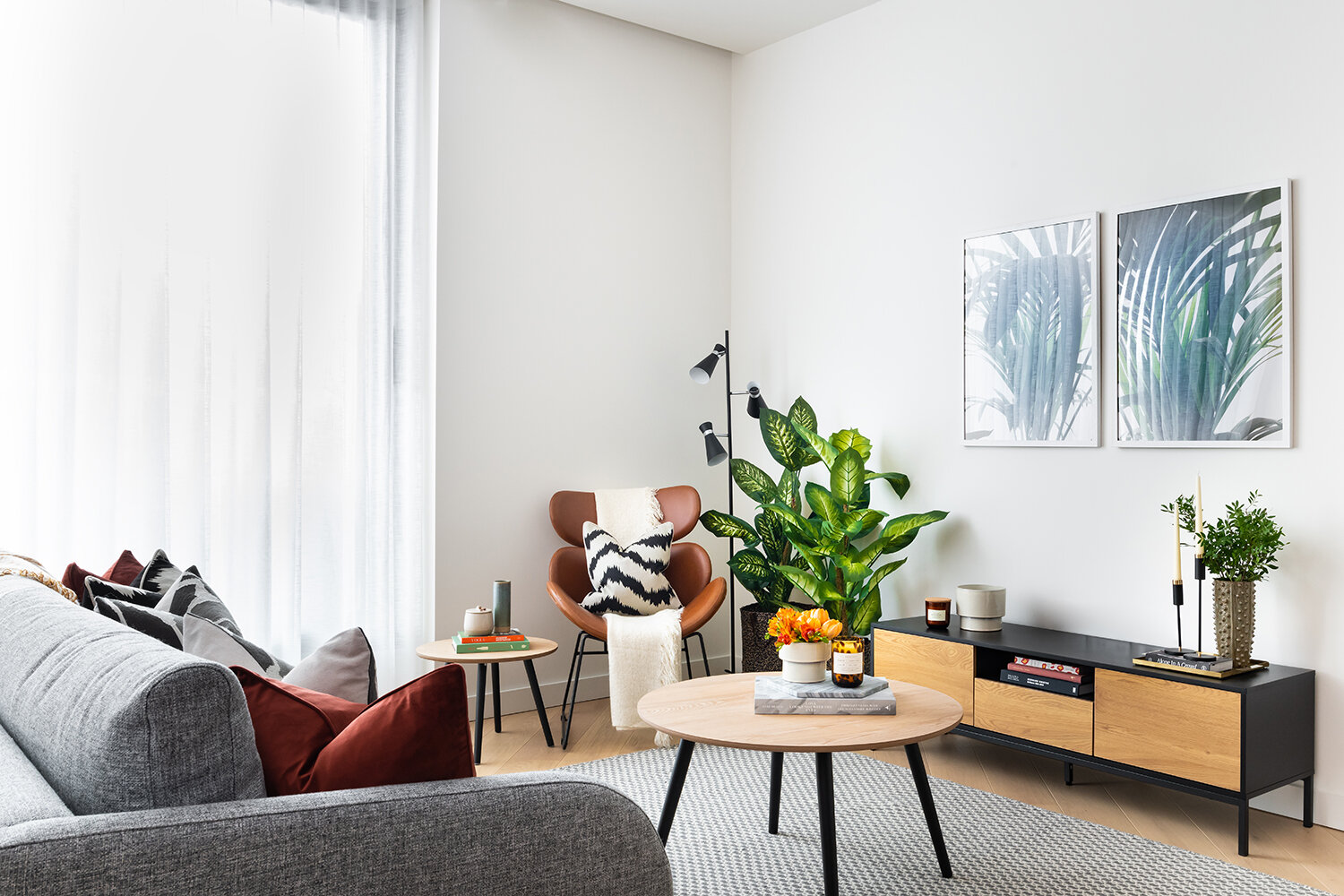 BoxNine7_Lowry_Collection_009_Living_Room.jpg