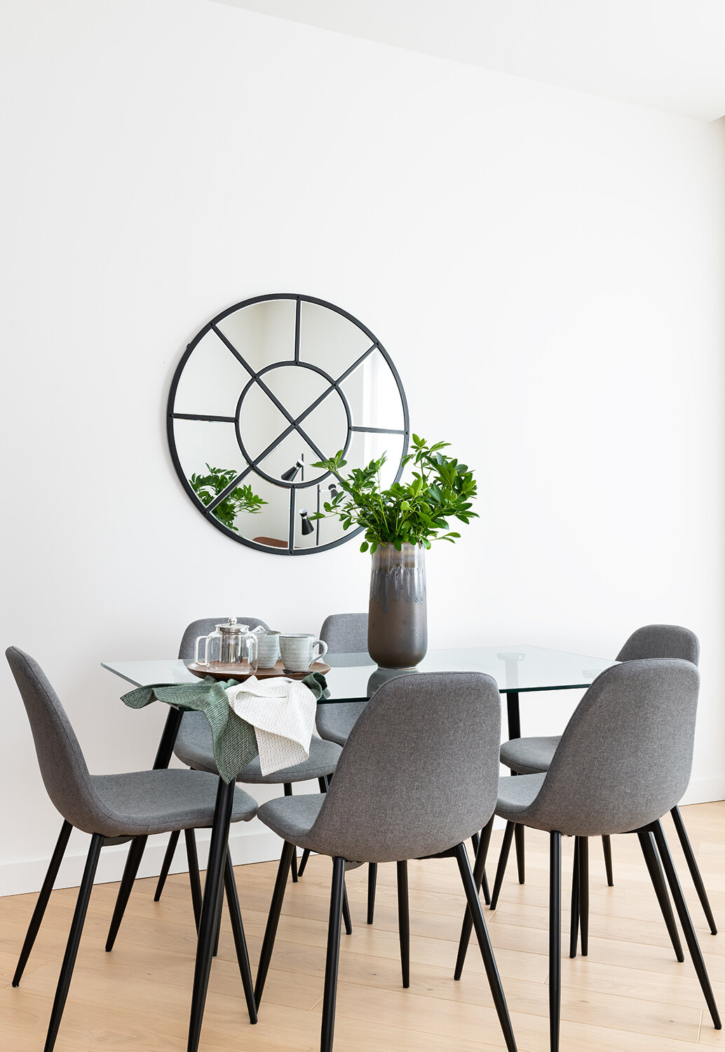 BoxNine7_Lowry_Collection_016_Dining_Area.jpg