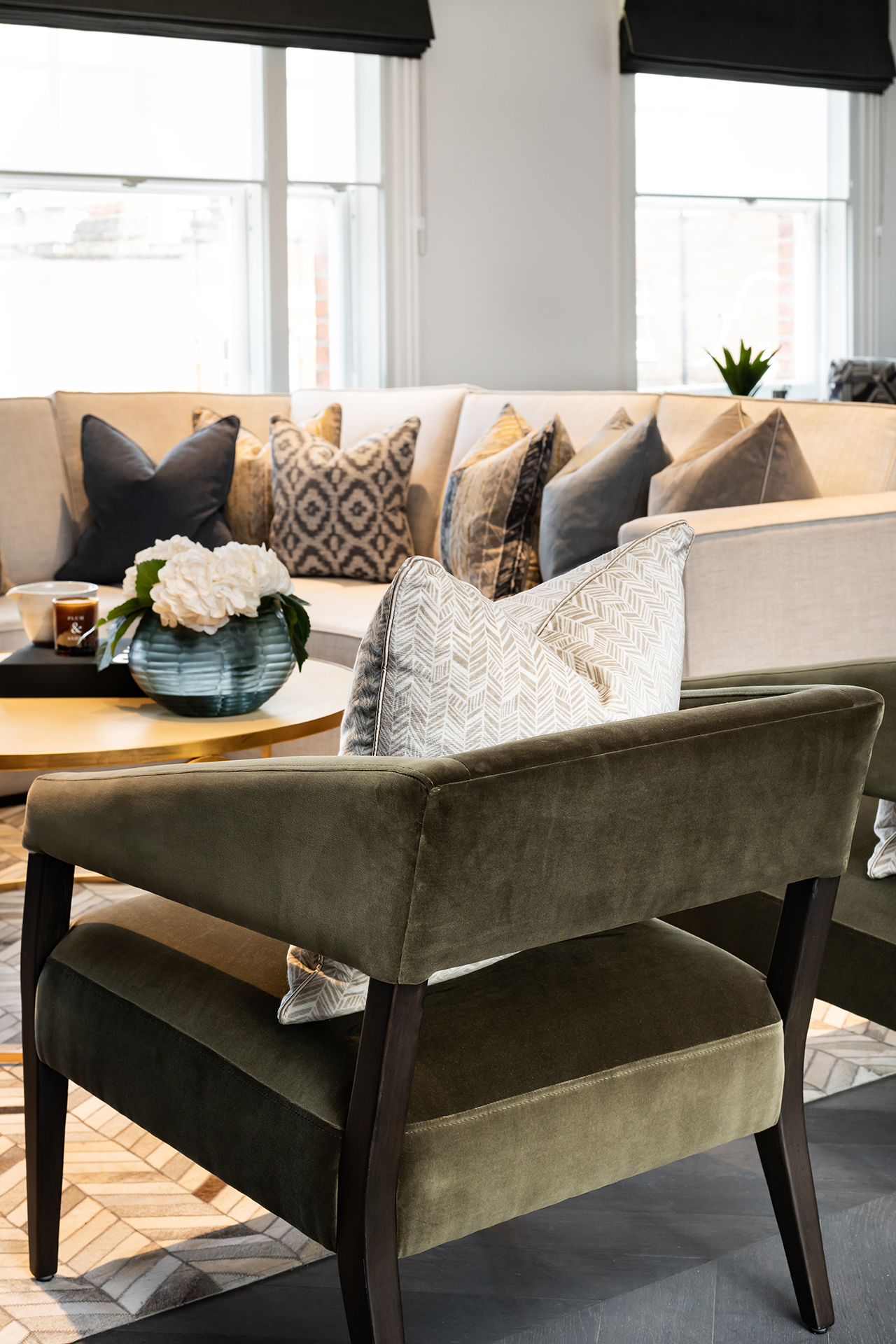BoxNine7_Langham_Street_003_Living_Room.jpg