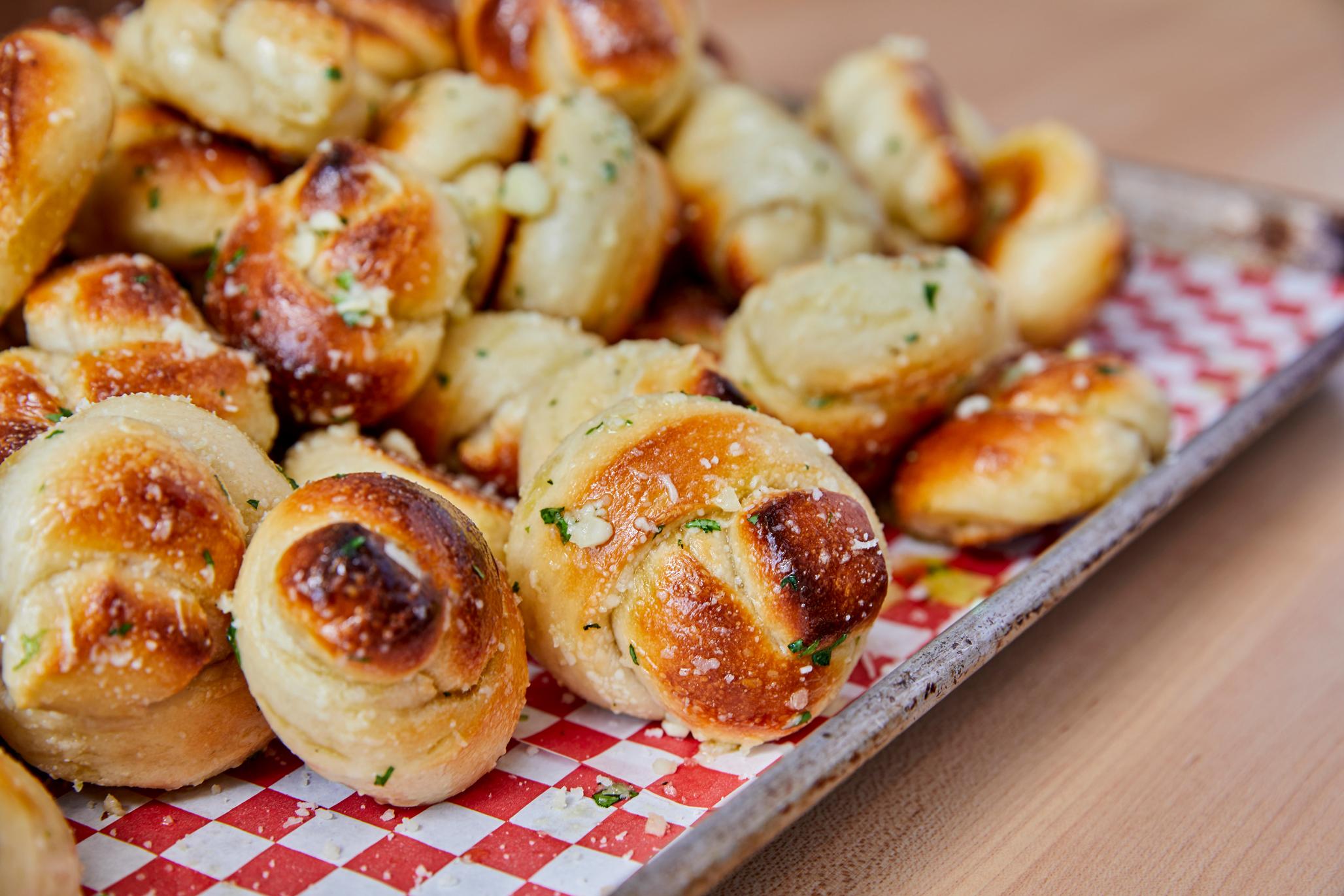 Garlic-knots_sheet-tray2.jpg