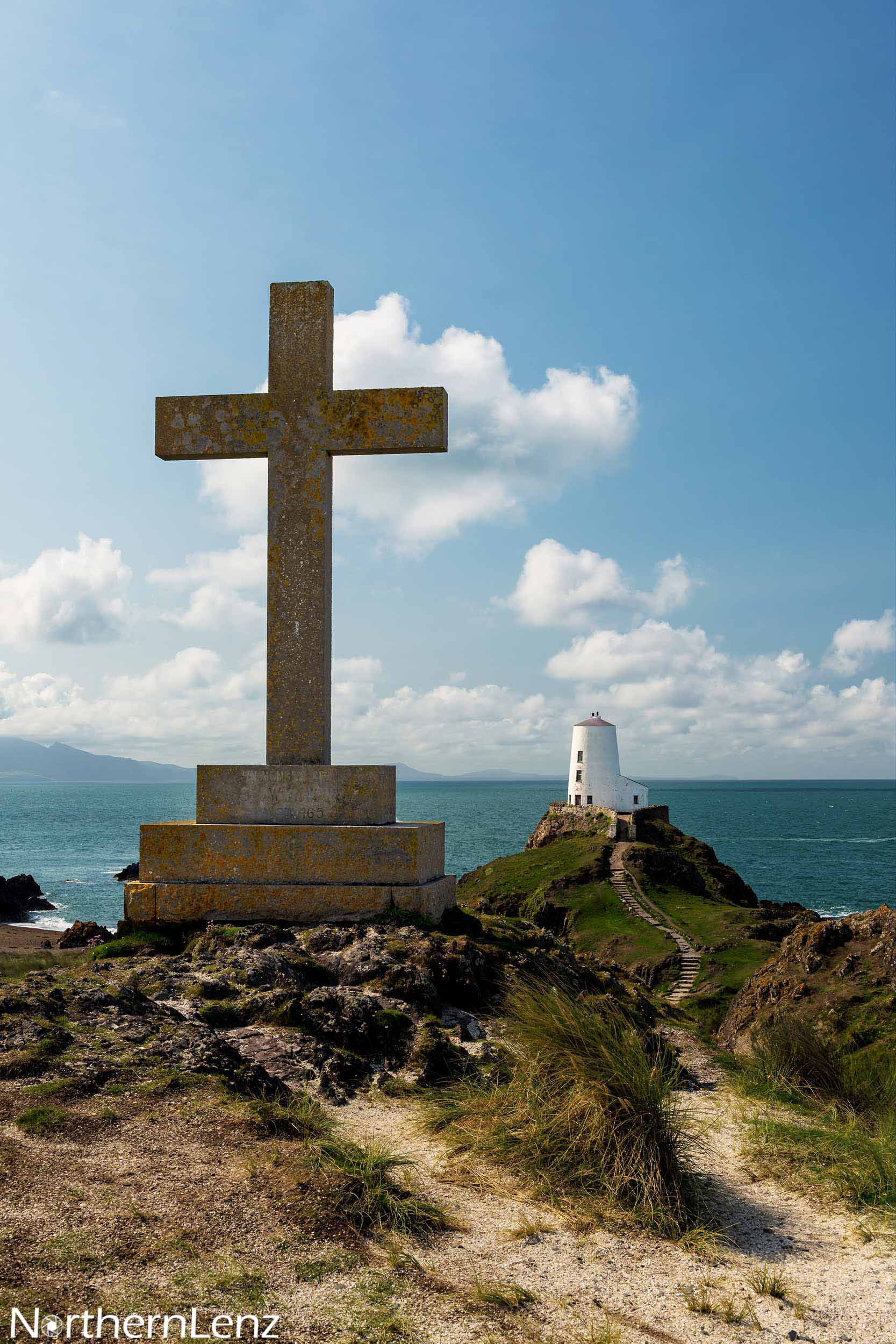 Twr Mawr lighthouse and cross at Llanddwyn  Image Ref: CC05