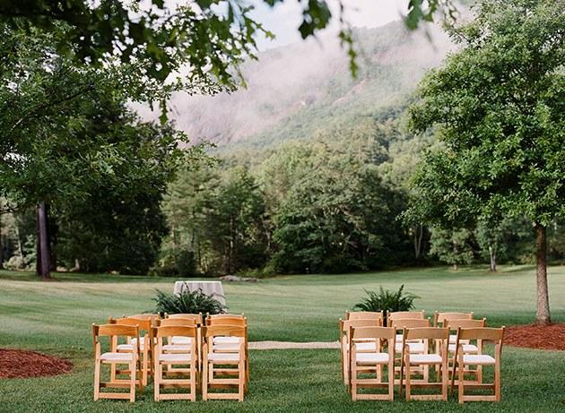 blogs-aisle-say-10-Laid-Back-Black-Tie-NC-Wedding-Christin-Olive-Photography.jpg