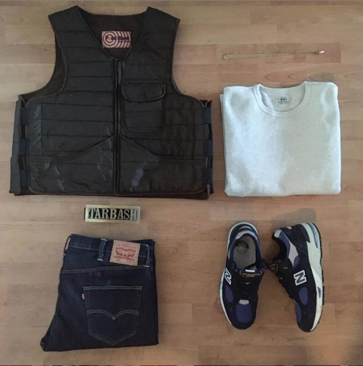 Tuomas-Vuorensola-Outfit-Grid