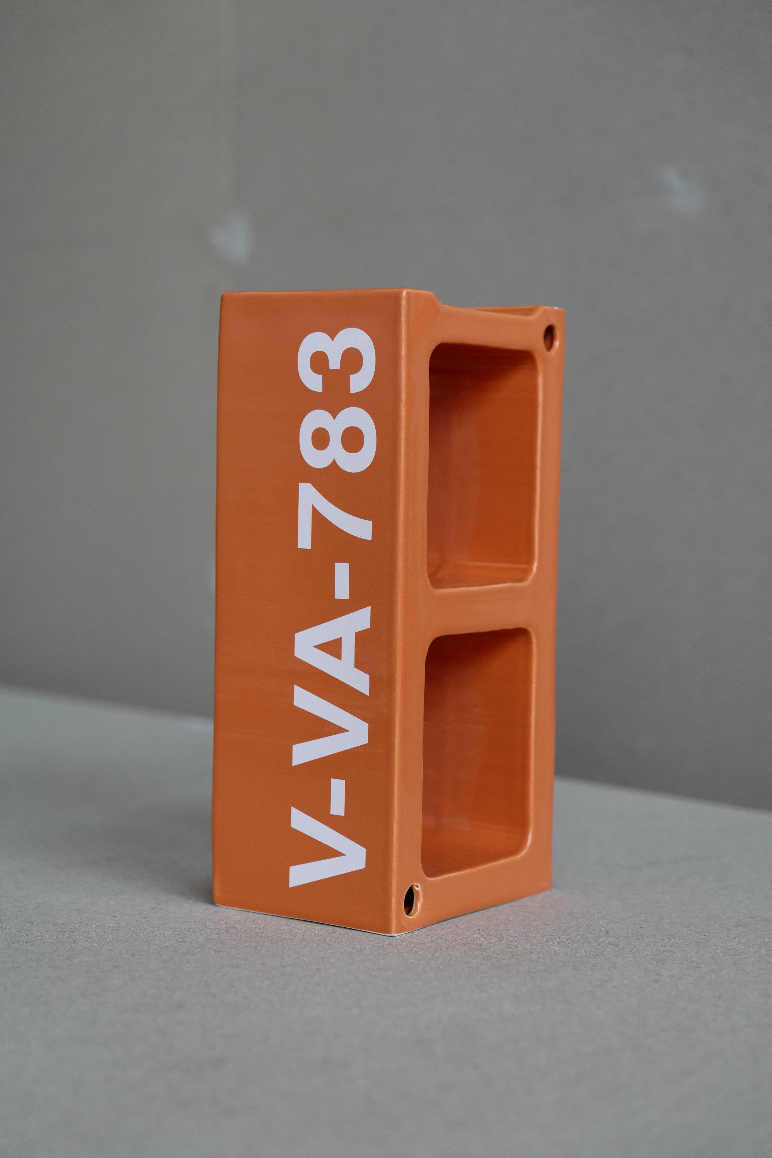 3_VAxVitra_Ceramic-Block.jpg