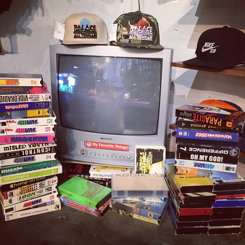 VHS corner - very heavy shit?