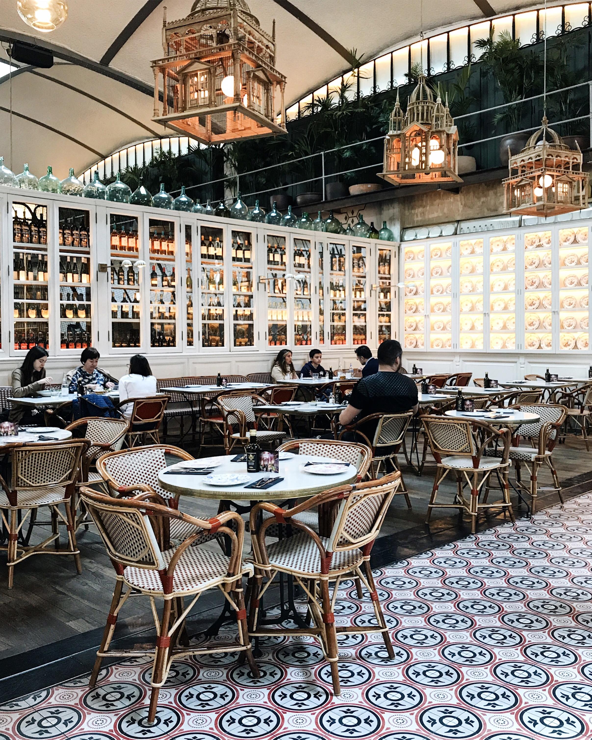 El Nacional restaurant