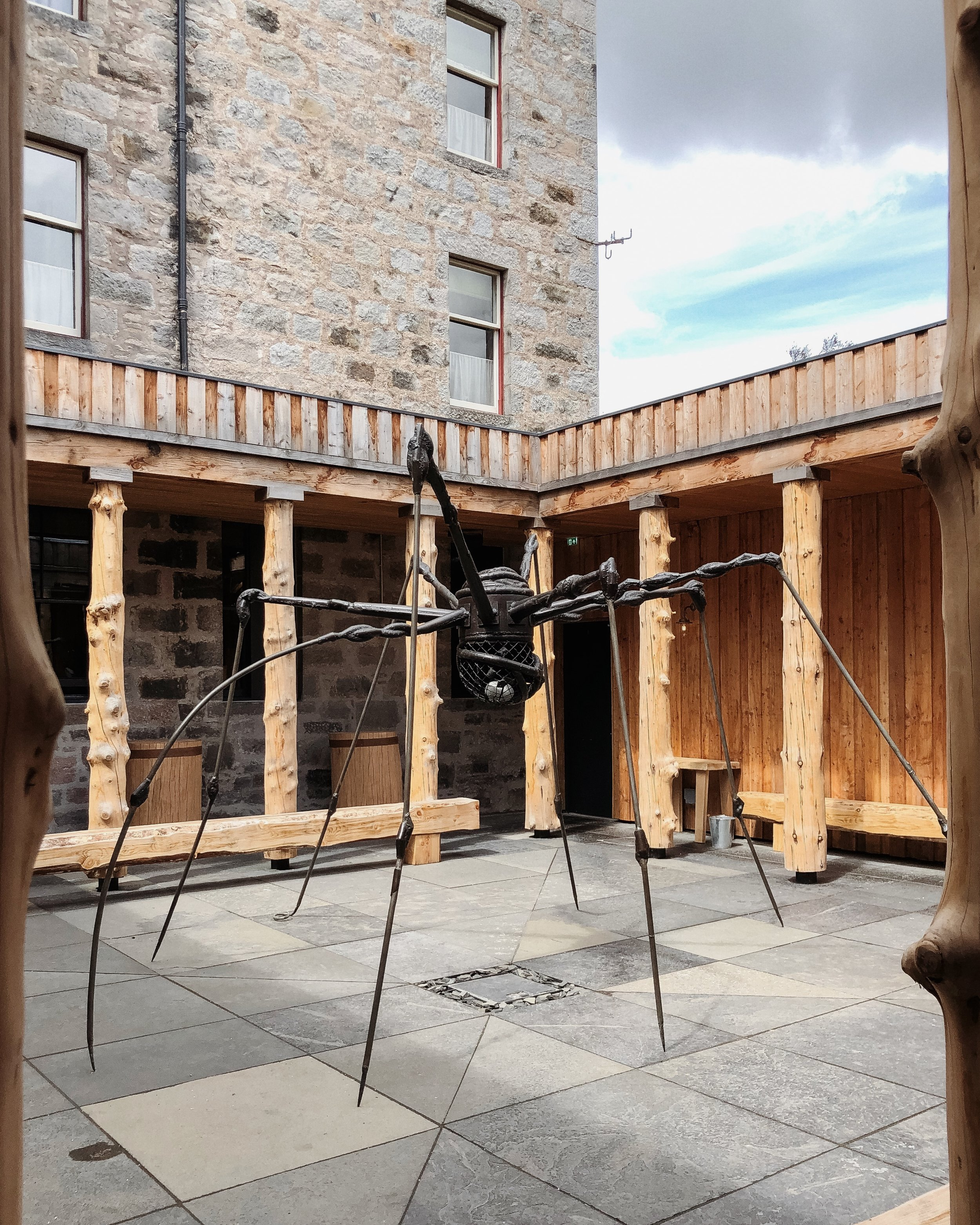 Louise Bourgeois spider in the couryard