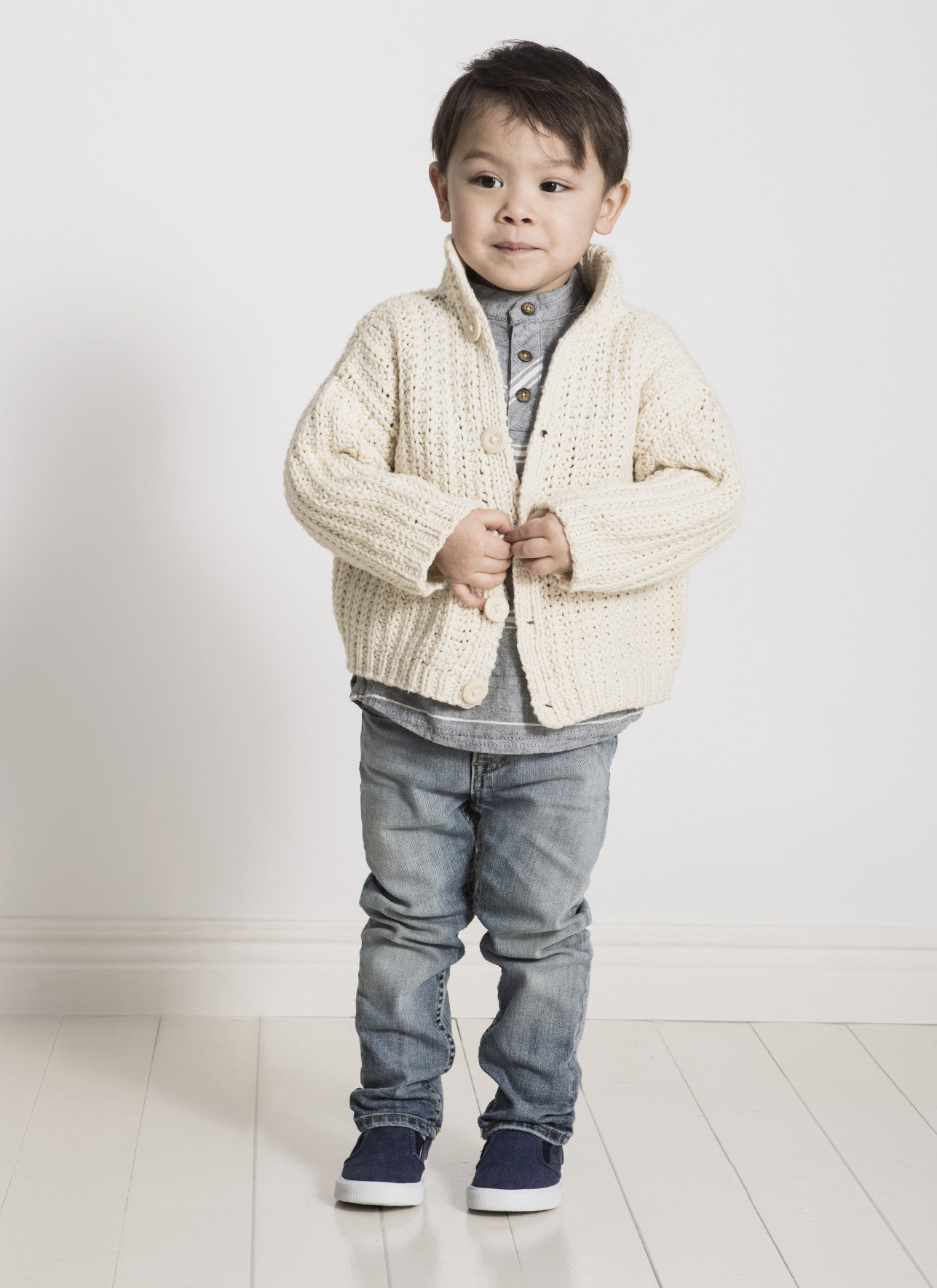 <strong>Cookies and Cream Cardi</strong><br>.<br>.
