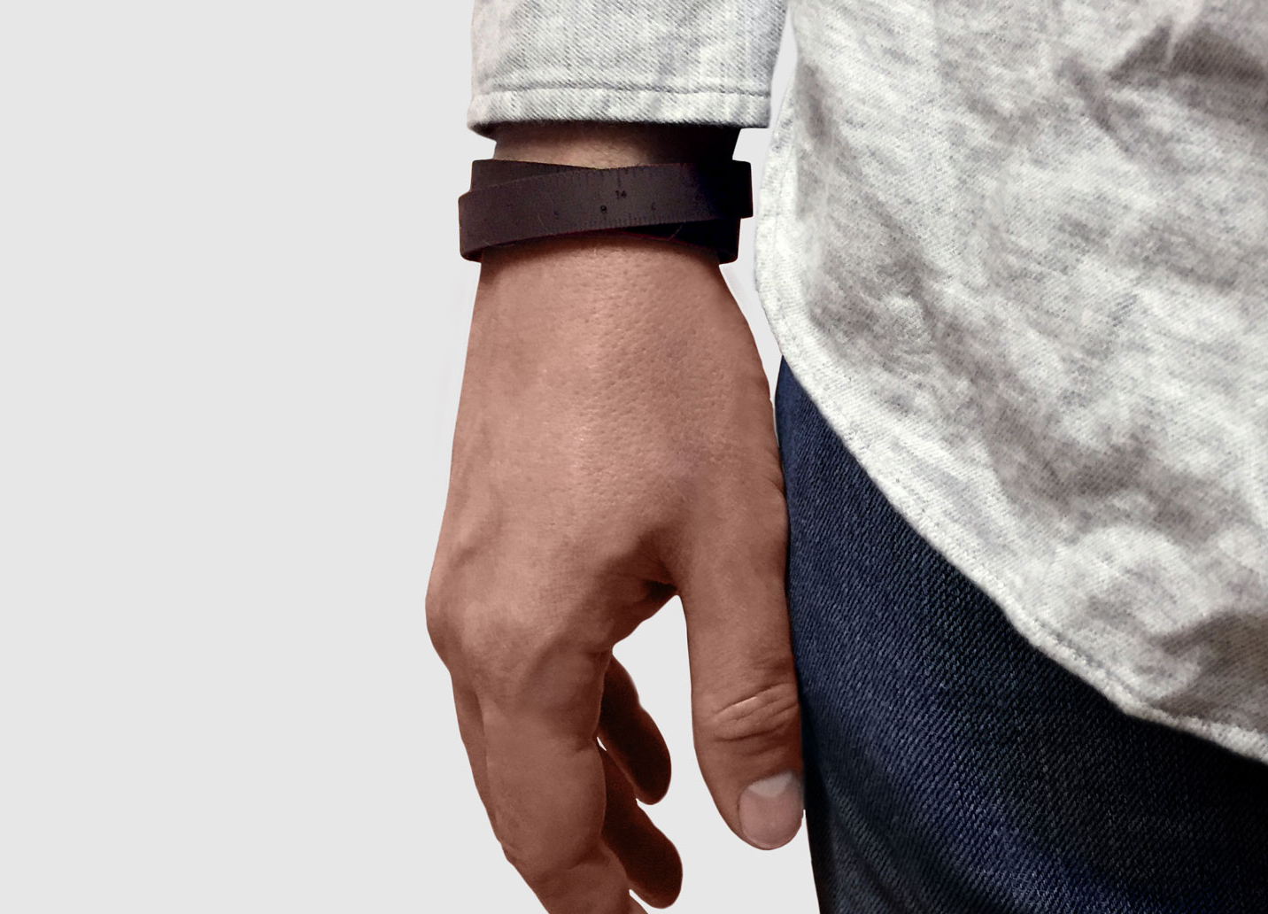 <strong>Wrist Ruler</strong><br>$20.00<br>.