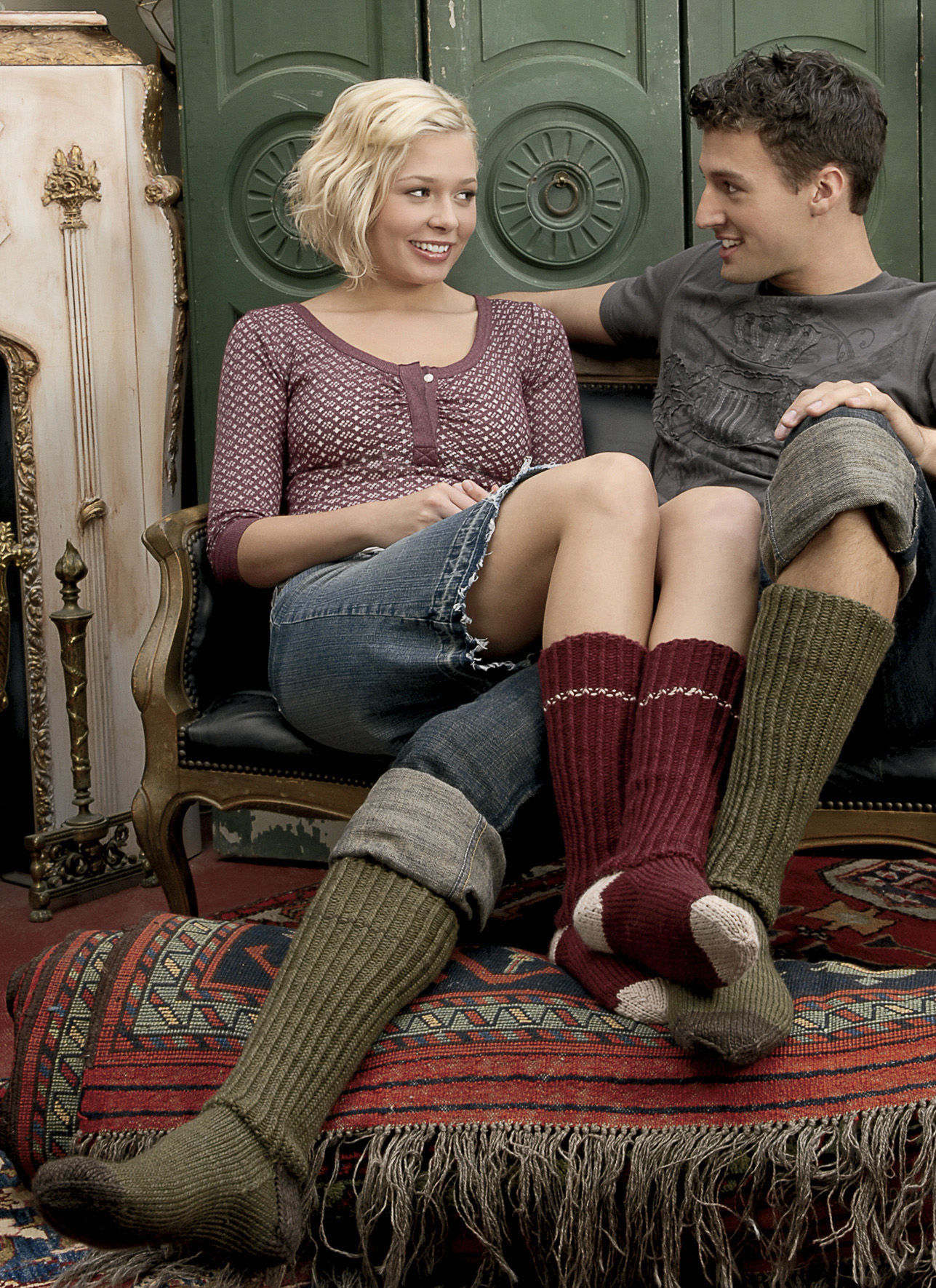 <strong>Worsted Knee Socks Pattern</strong><br>.<br>.