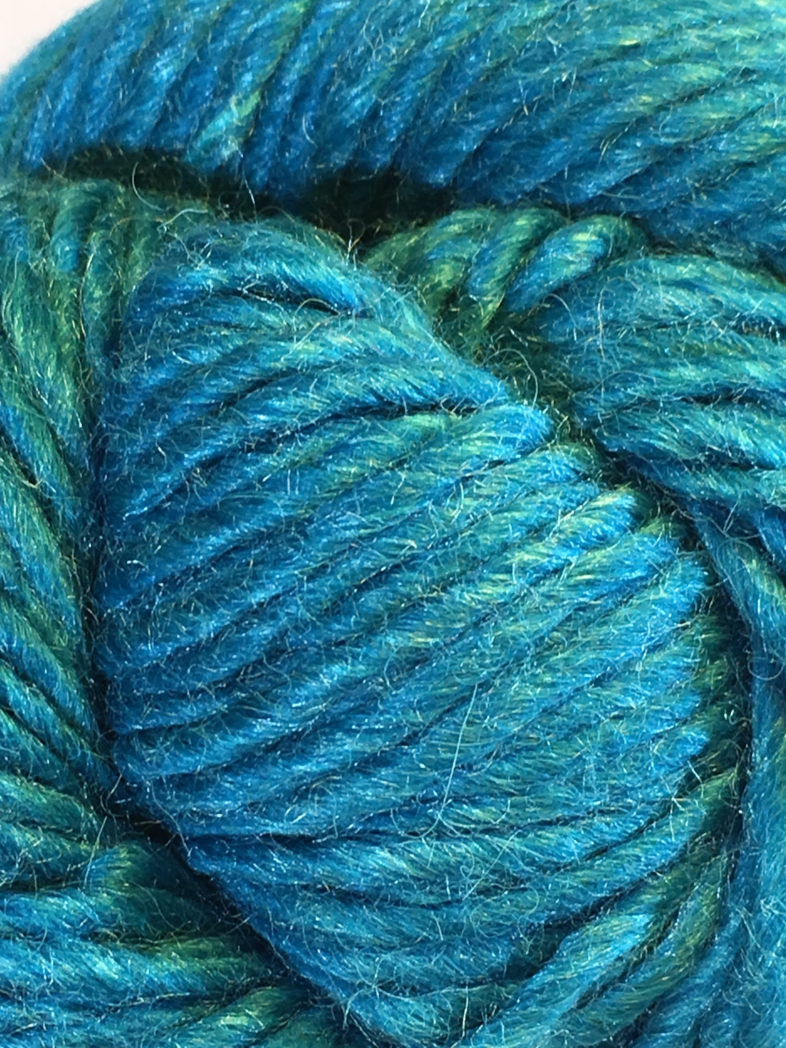 Juniper Moon Farm Moonshine Chunky<br>Baby alpaca, wool and silk<br><strong>Bronco River</strong><br>.