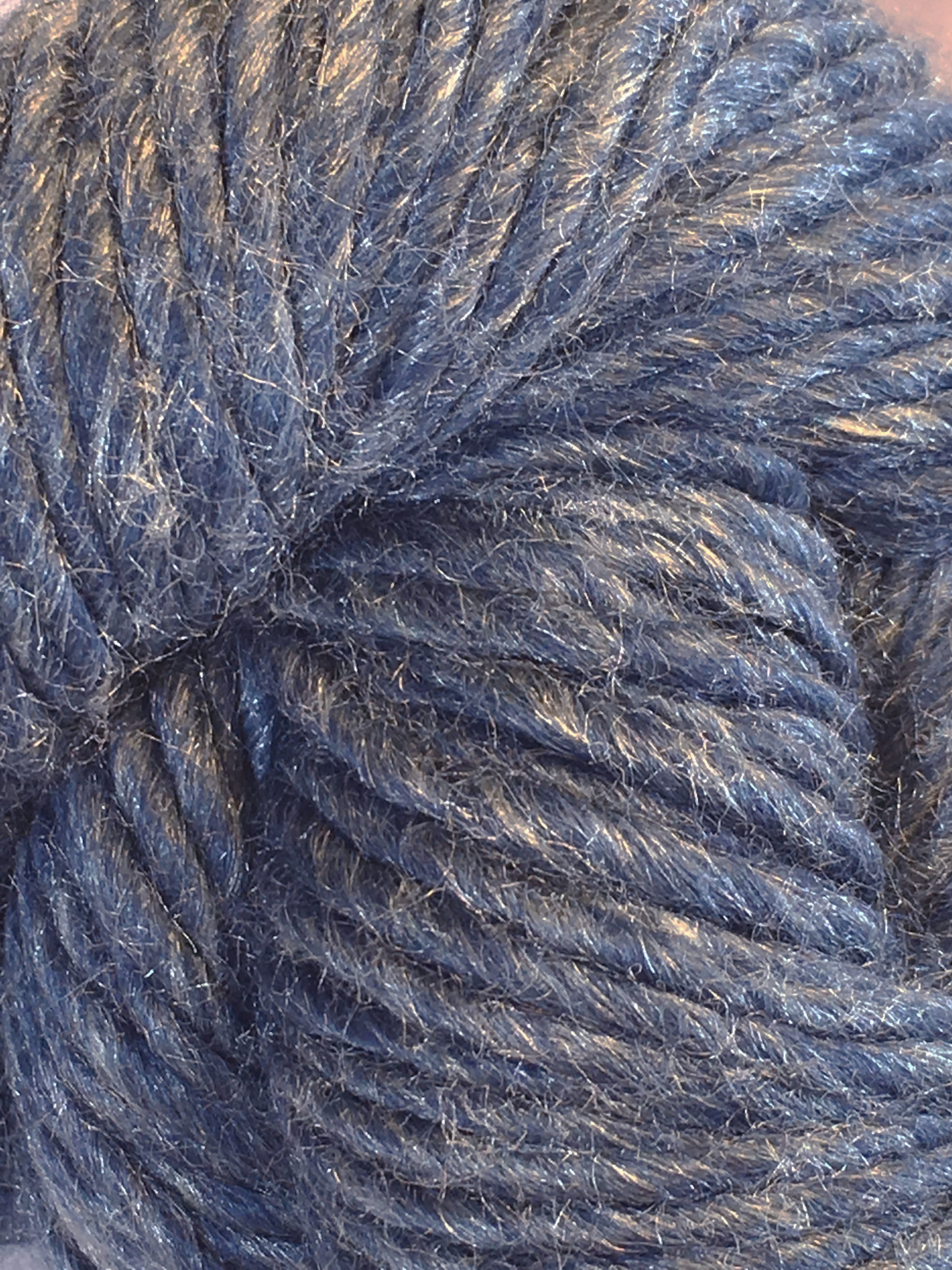 Juniper Moon Farm Moonshine Chunky<br>Baby alpaca, wool and silk<br><strong>Blue Hawaii</strong><br>.