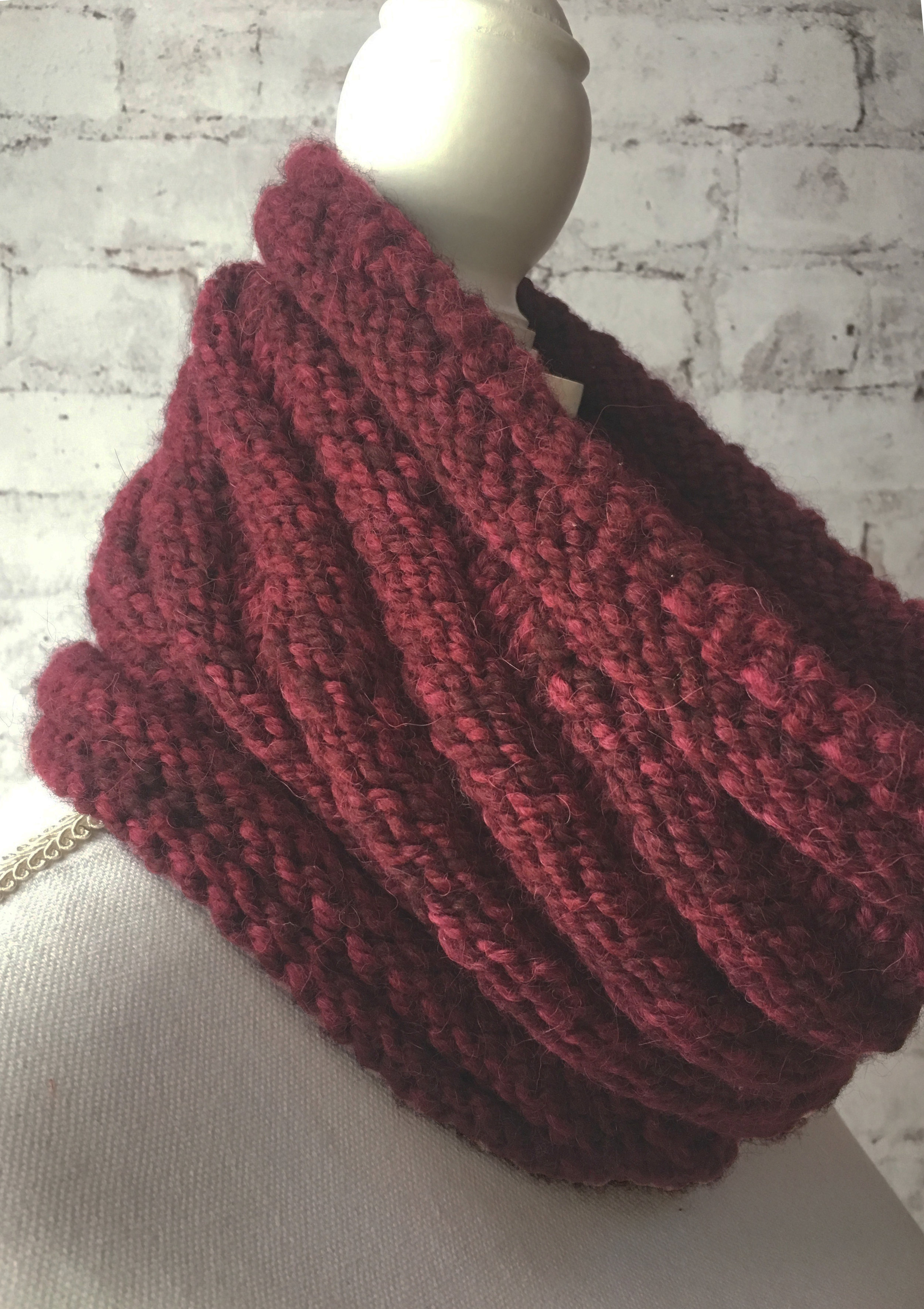 Twisted Screw Cowl.jpg