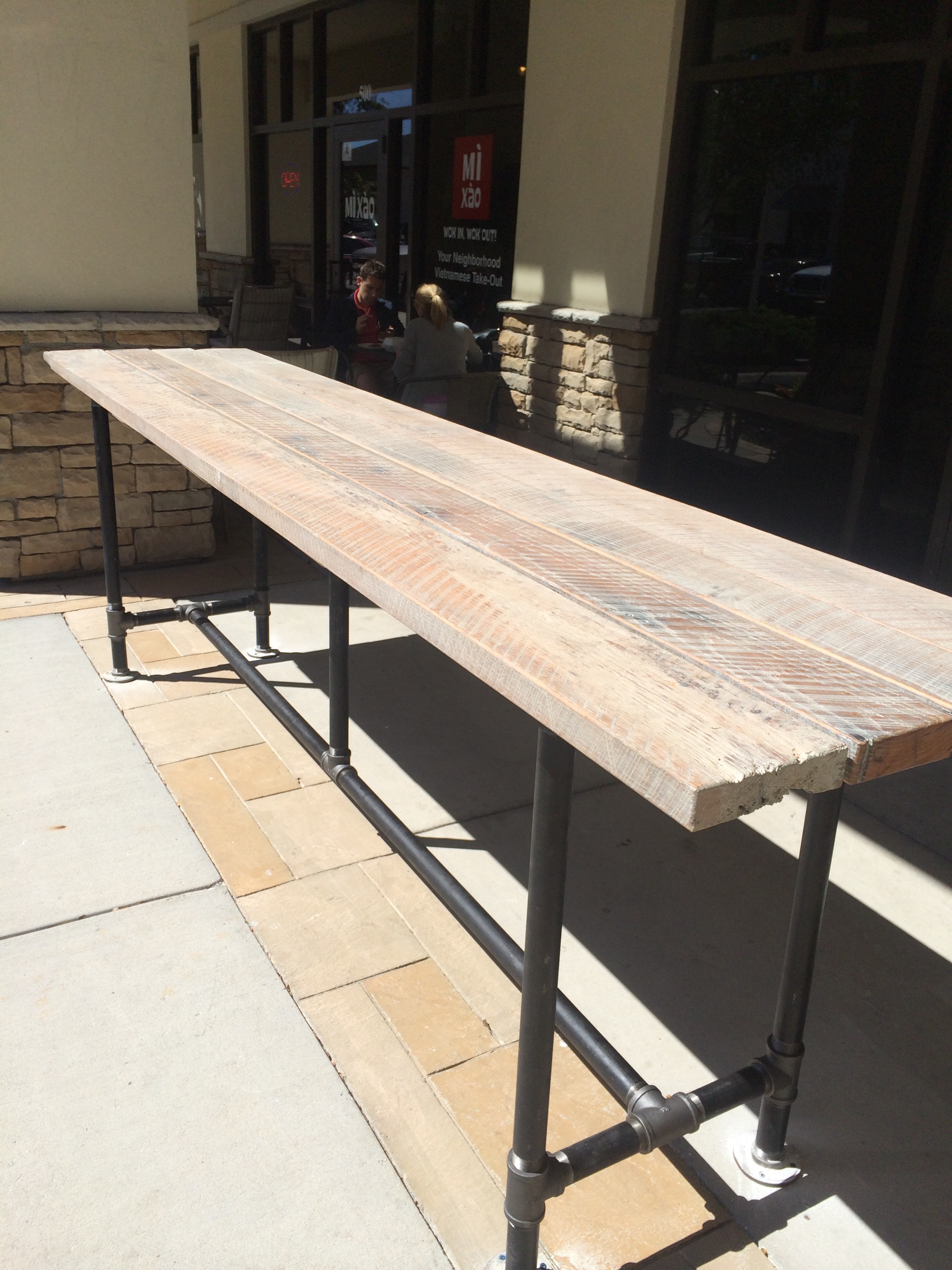 Tables | On 41 Restaurant