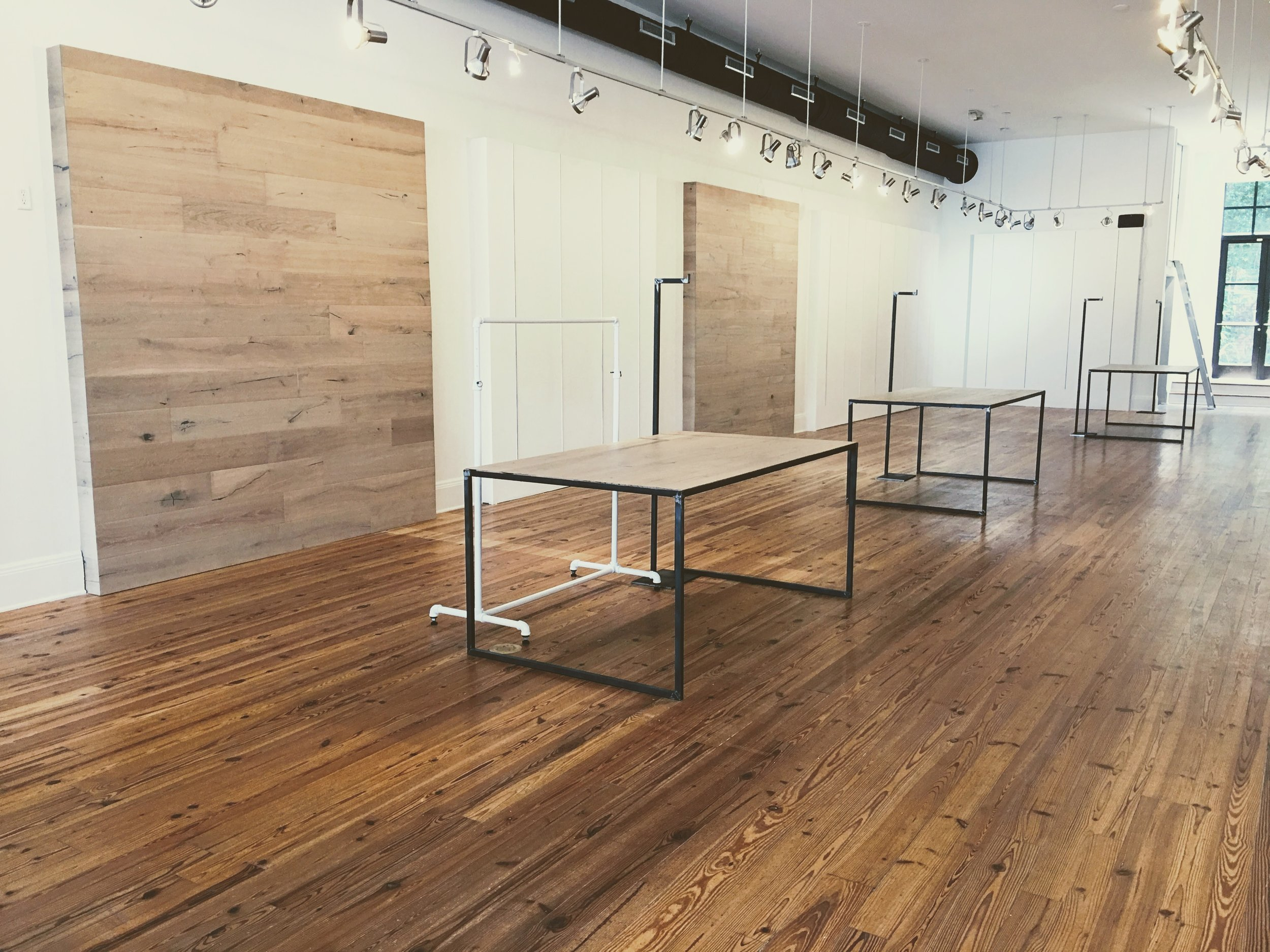 Walls & Tables  |  Style Exchange