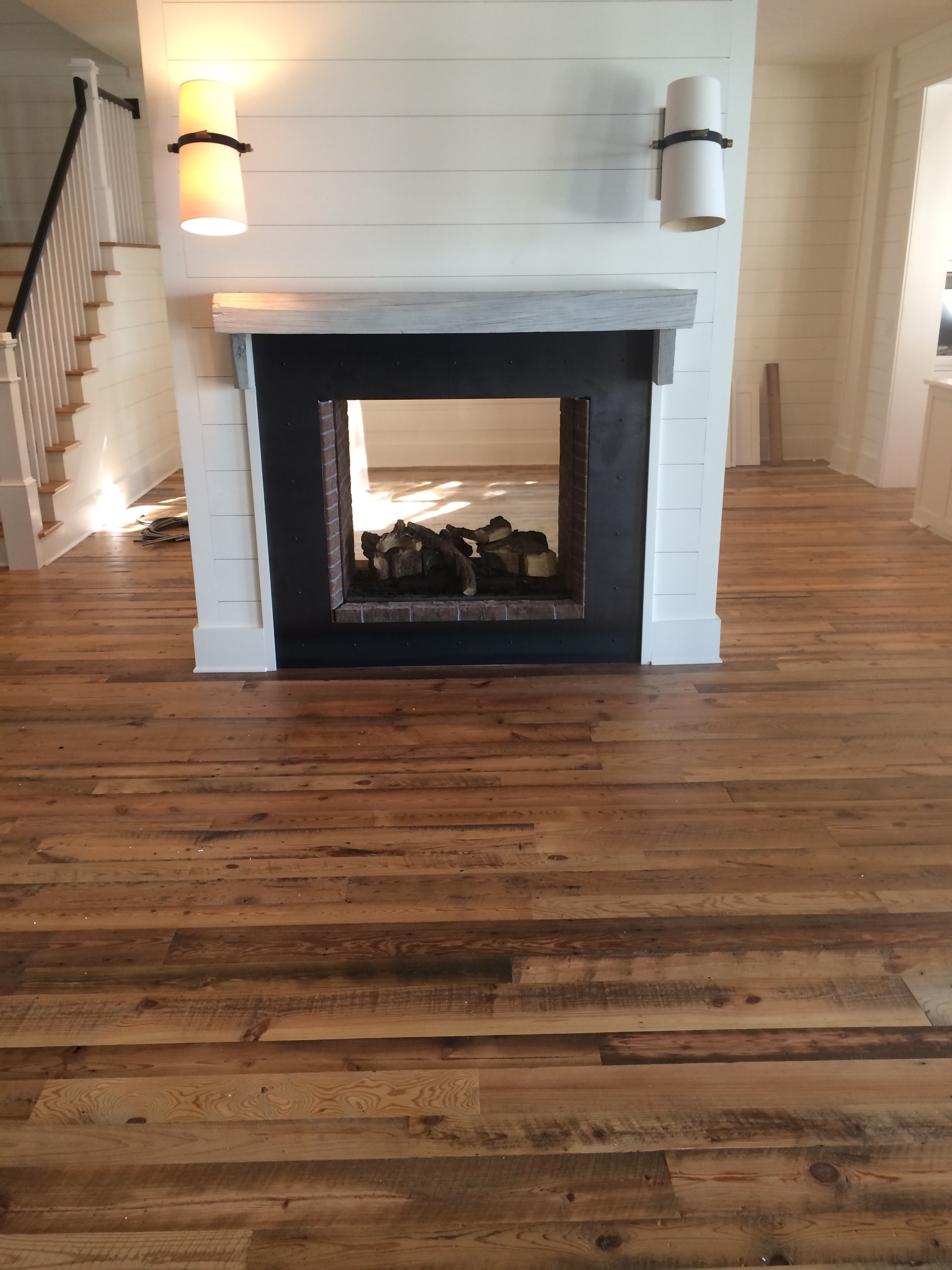 SOUTHERN YELLOW PINE | DIRTY TOP