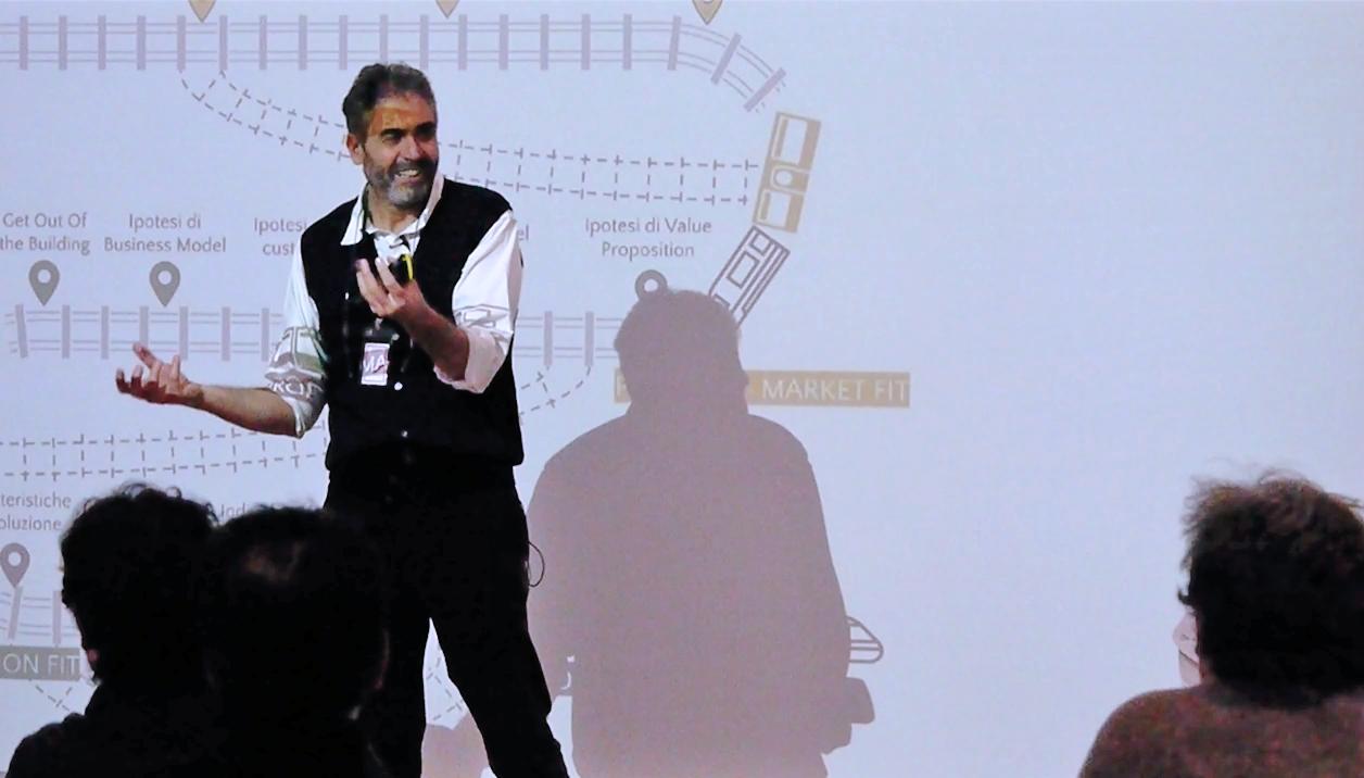 """Agenda - 14:15 Registrazione partecipanti14:30 Introduzione alla giornata – CRIT14:45 I modelli di business sono la nuova curva a """"S"""" – Cosimo Panetta, Partner di The Doers• Perché le aziende di successo falliscono?• Come leggere la disruption: il mito dello slow-blind incumbent• Il caso Kodak-Fuji• La curva a """"S"""", Innovazione better e new15.30 Innovazione startup nelle corporate: Il caso Electrolux – Paolo Schira, Vice President Business Unit Laundry di Electrolux Professional16.15 Coffee break16.30 Caso aziendale – Startup on demand interna all'azienda – Enrico Cattaneo, Partner di The Doers17.00 Discussione e confronto tra i partecipanti17.30 Fine lavori"""