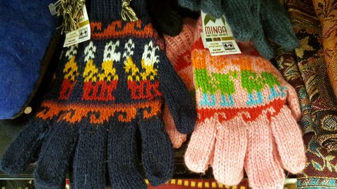 nov 18 minga wool gloves.jpg
