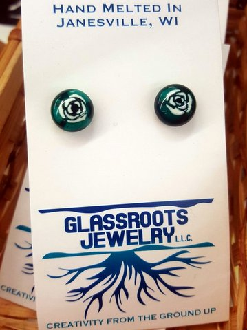 Dec 17 glassroots earrings.jpg