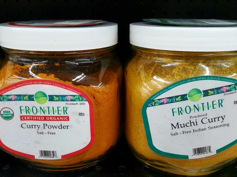 sept 19 frontier curry powders.jpg