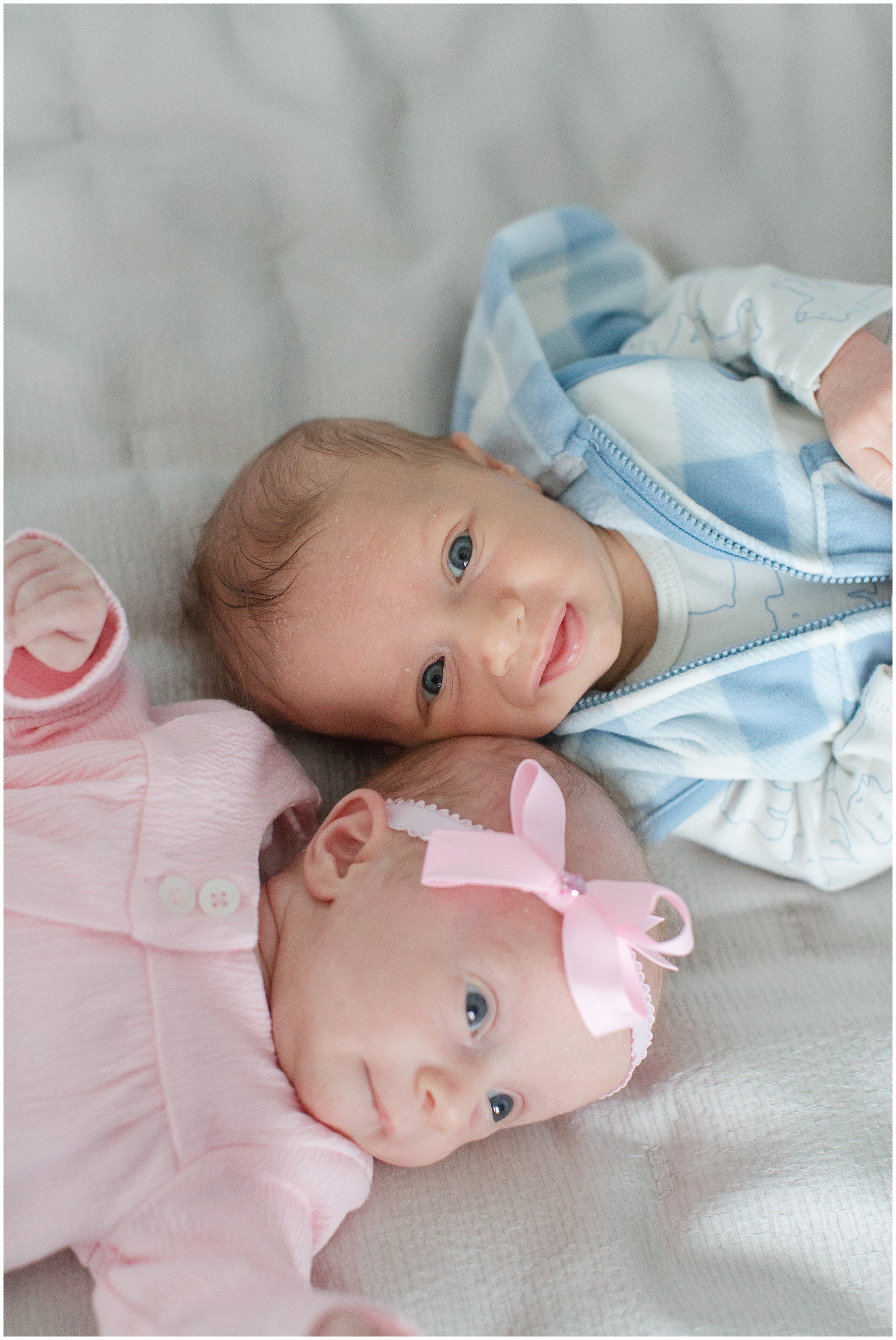 newborn_twins_photography_Gadgil_0004.jpg