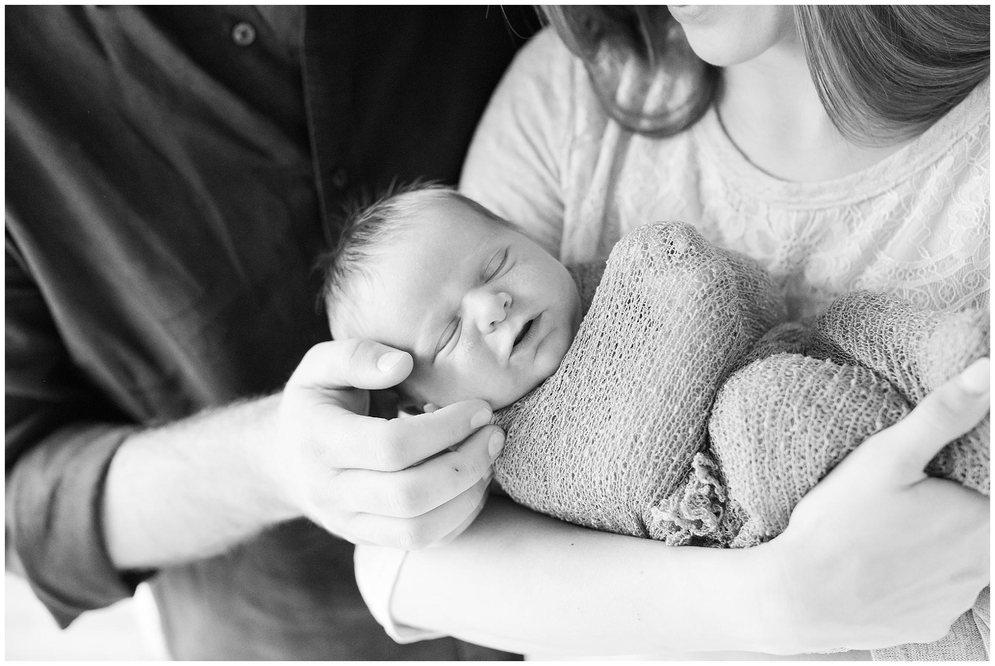 Bottaro_family_newborn_0006.jpg