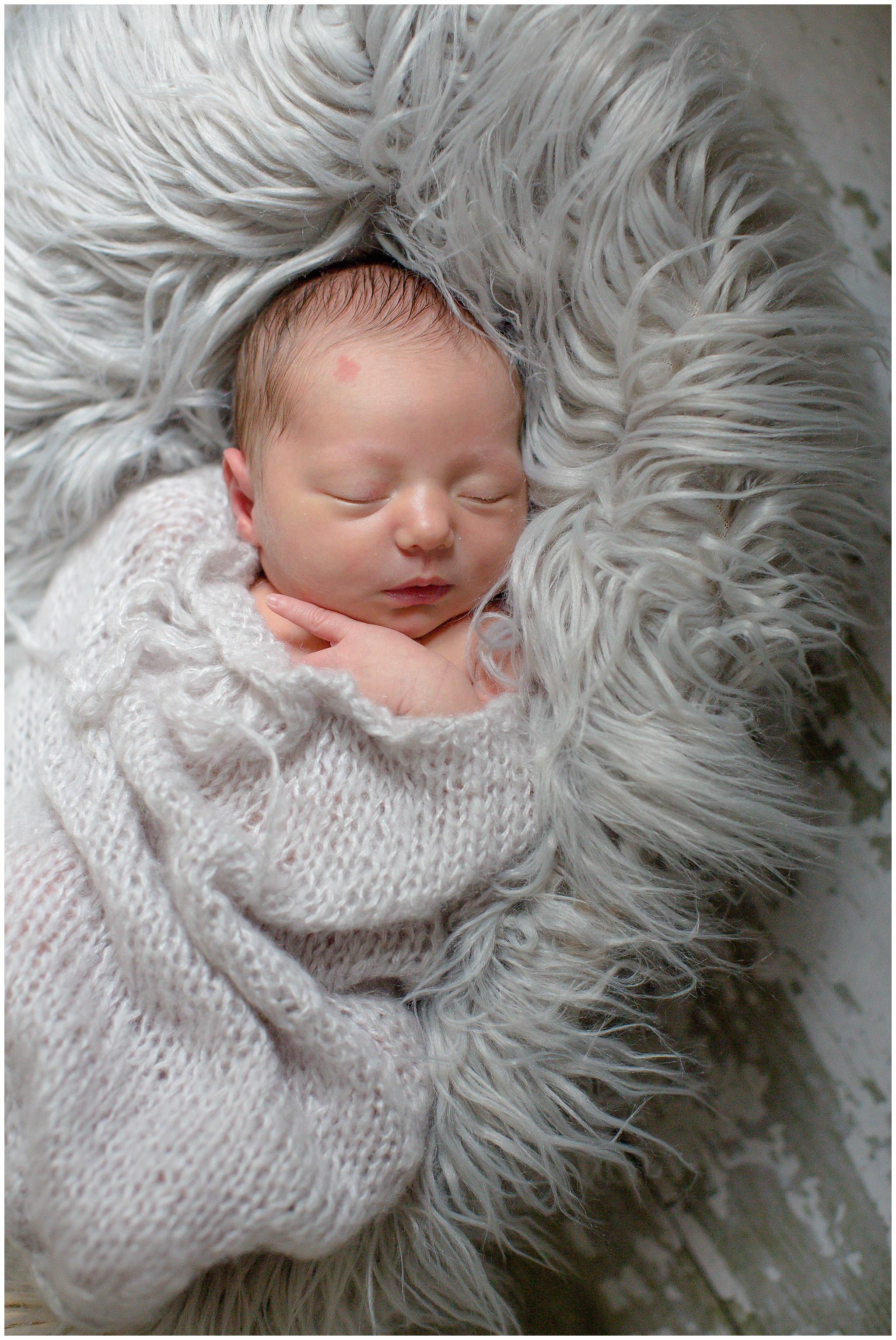 newborn_Nora_0010.jpg