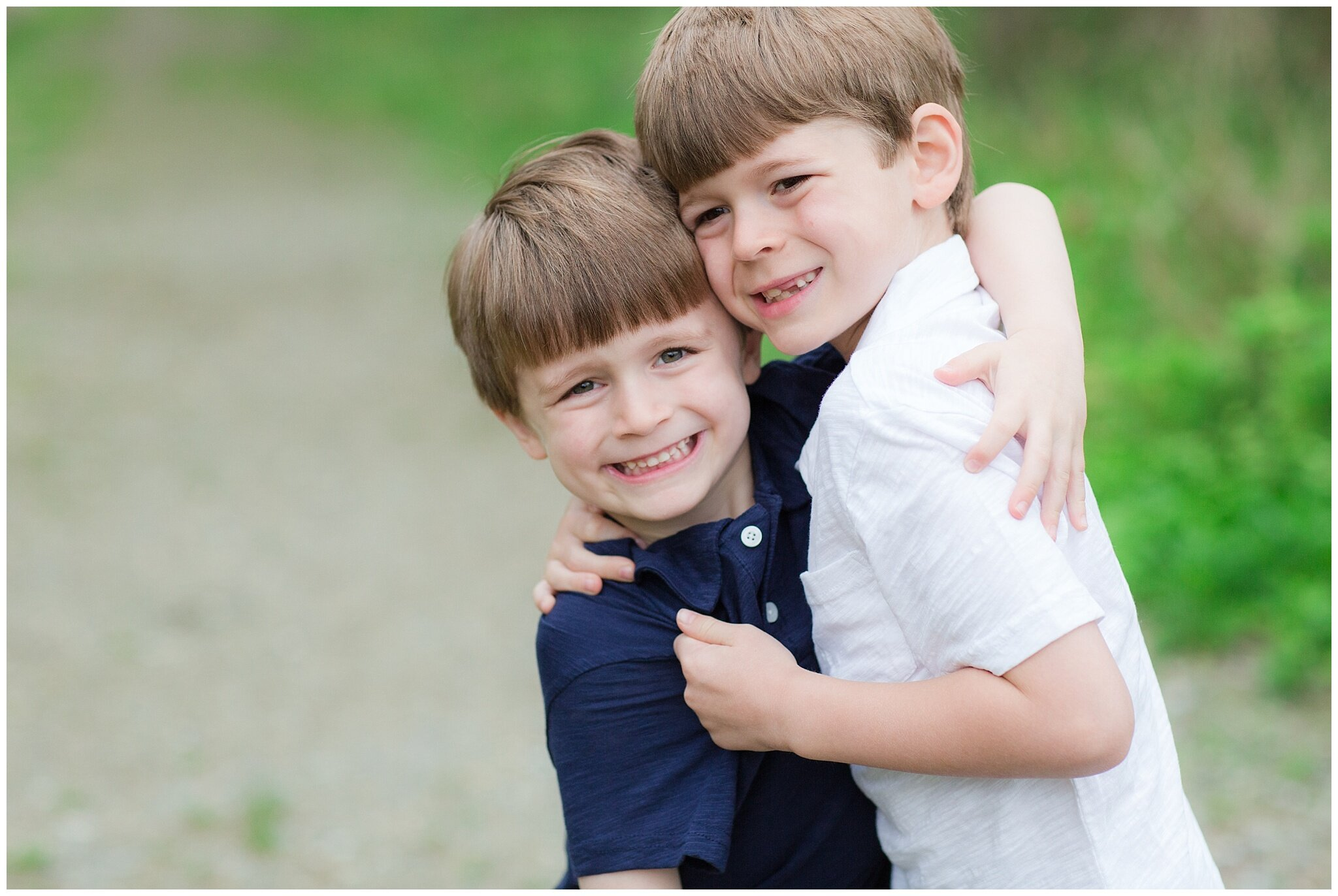 family_session_brothers_0002.jpg