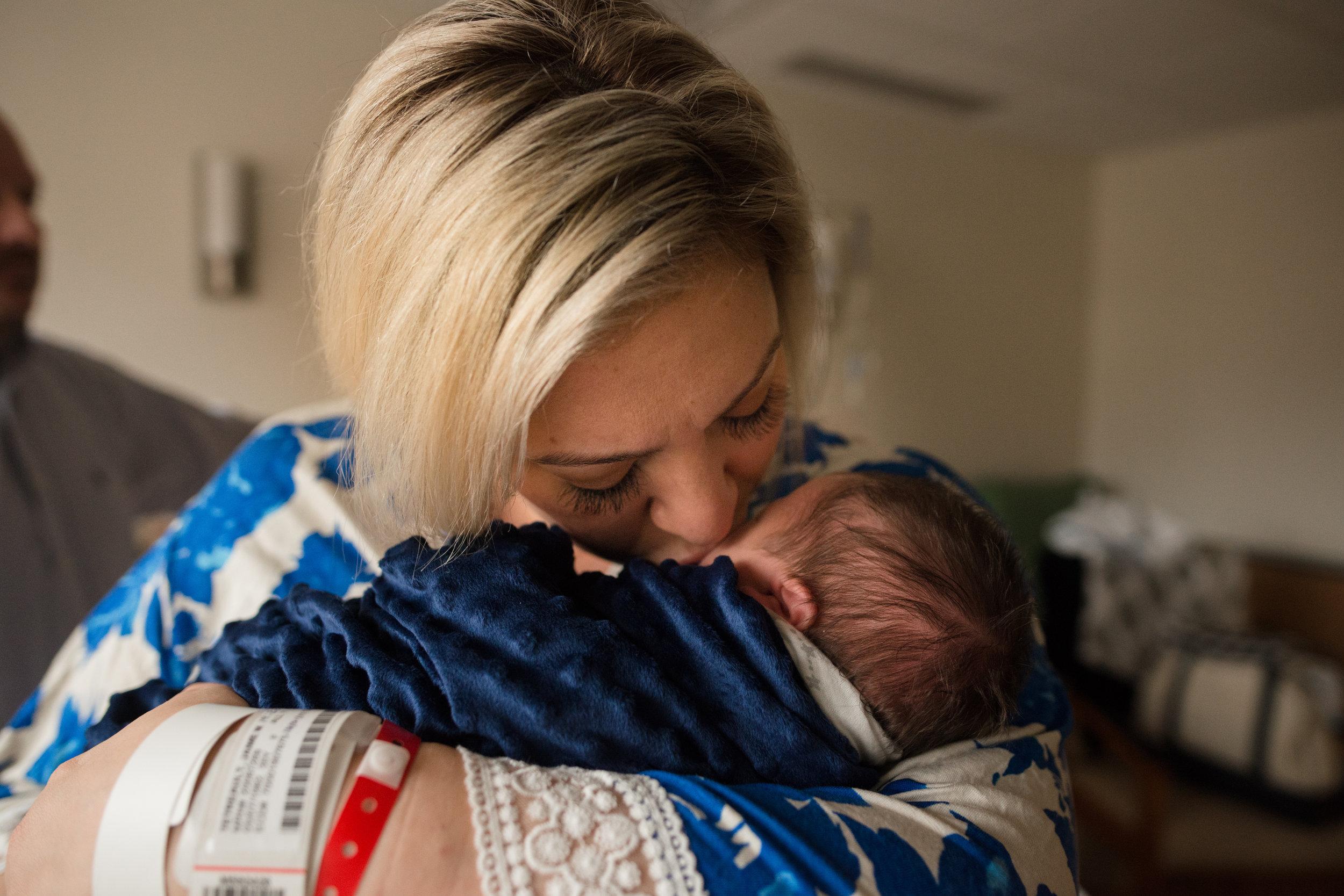 Fresh 48 Hospital Newborn Session