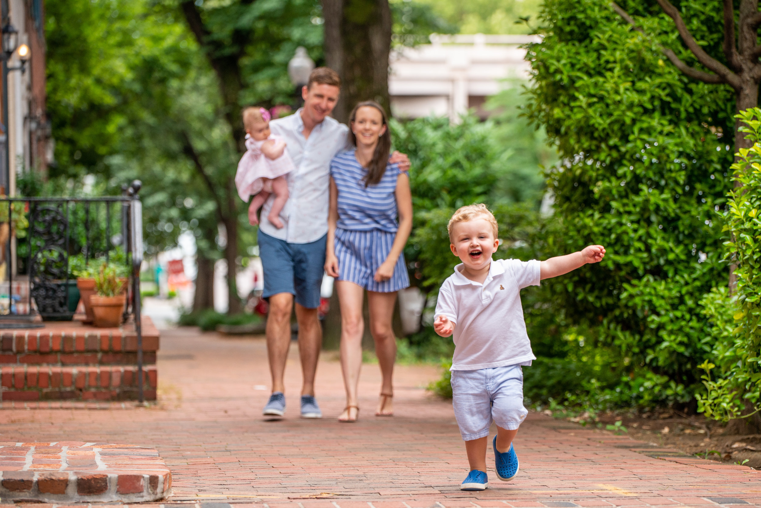 Best DC Lifestyle Newborn and Family Photographer | Washington DC • Northern Virginia