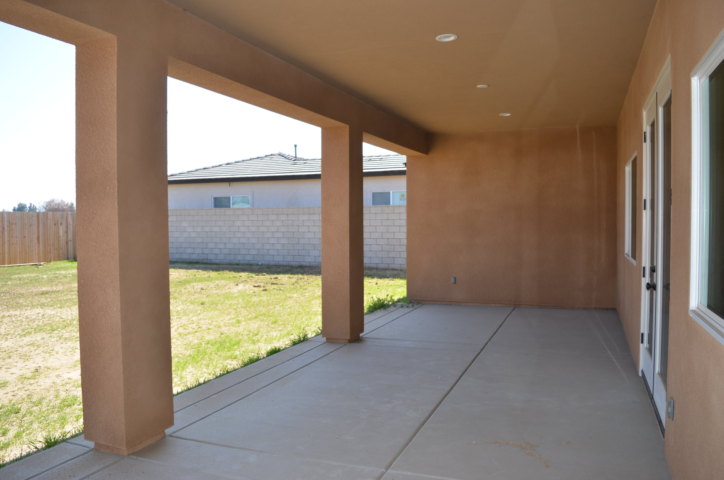 26 - Covered Patio.JPG