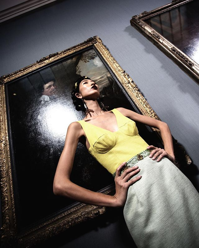 @tatanaka LONDON FASHION WEEK SS18  #lfw #londonfashionweek #ss18 #springsummer #readytowear #womenswear #menswear #fashion #style #antonioberardi #fashioncollection #stripes #dress #fashionphotography #styling #vogue #180strand #london #catwalk #white #canon #model