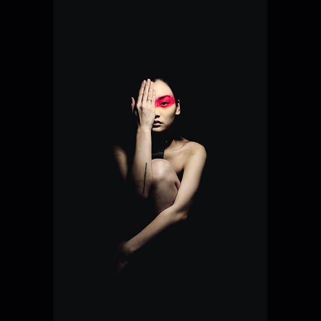 Test Shoot with @rachelyxwu  #model #london #test #photographer #photography #photo #fashion #editorial #highfashion #fineartphotography #editorialfashion #fashioninspo #portrait #portraitphotography #campaign #beauty #style #studio #studiophotography #red #nude #fotografia #españa #vogue #magazine #centralsaintmartins