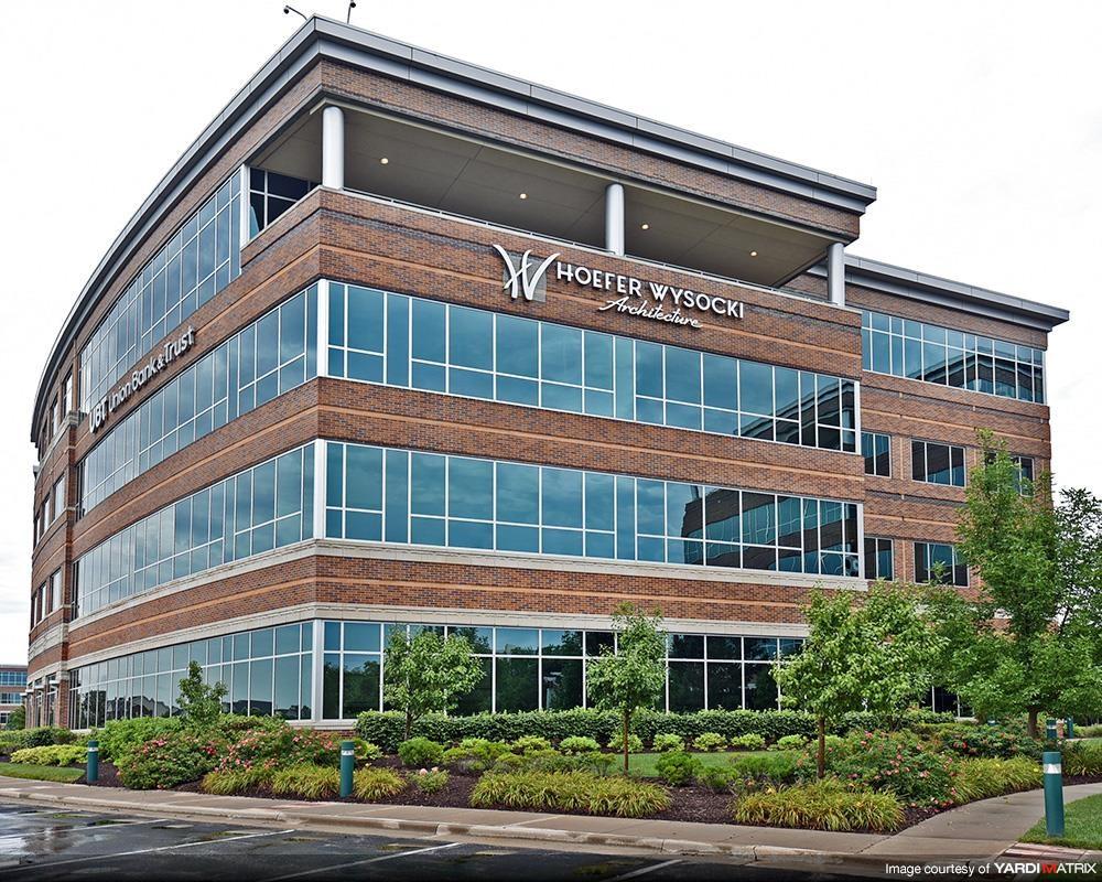 Pinnacle Corp Center