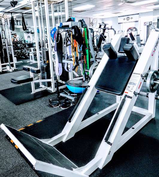 The Gym Hack Squat