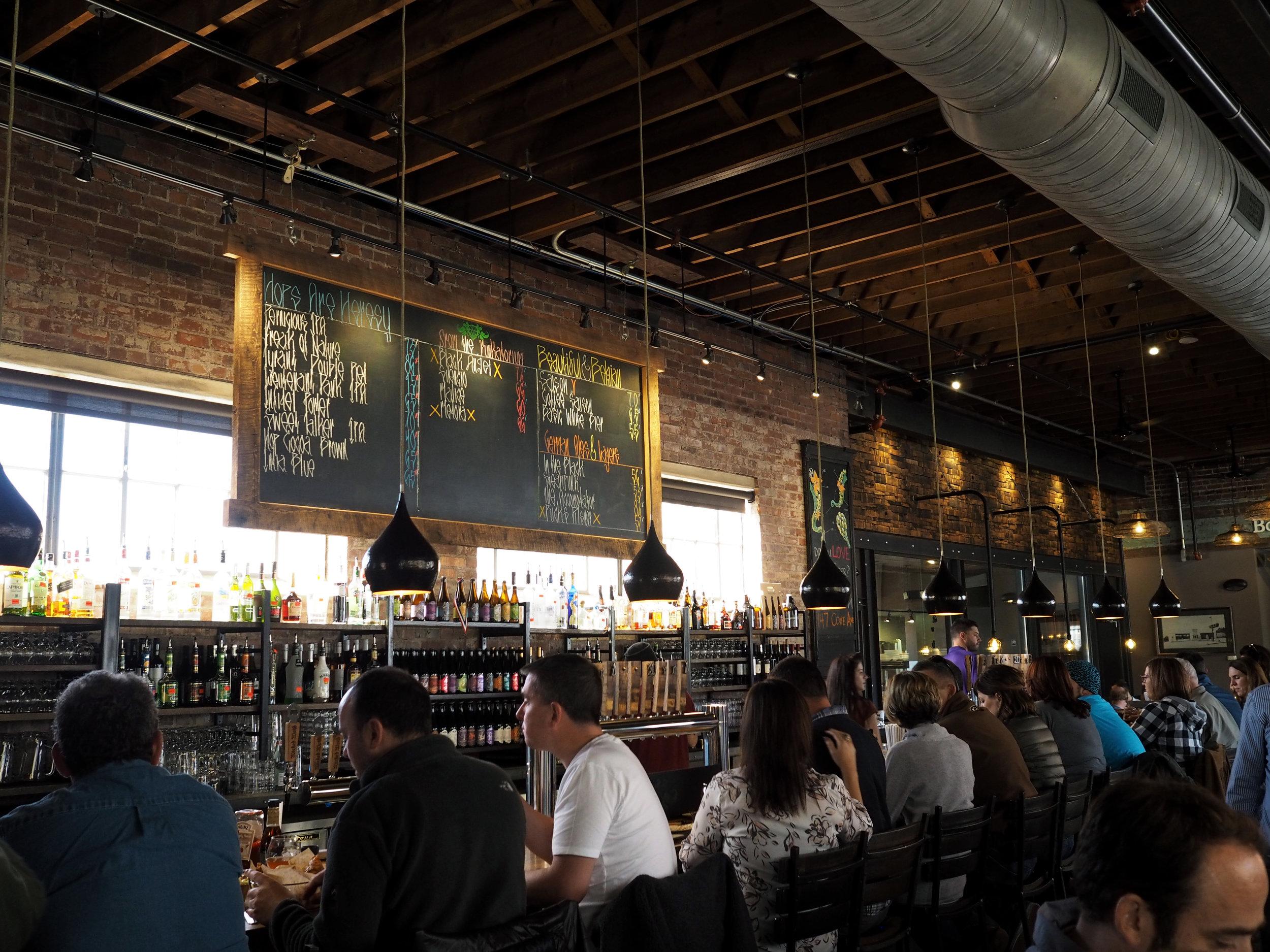 bloomingflourishes_asheville_northcarolina_brewery_wickedweed_2