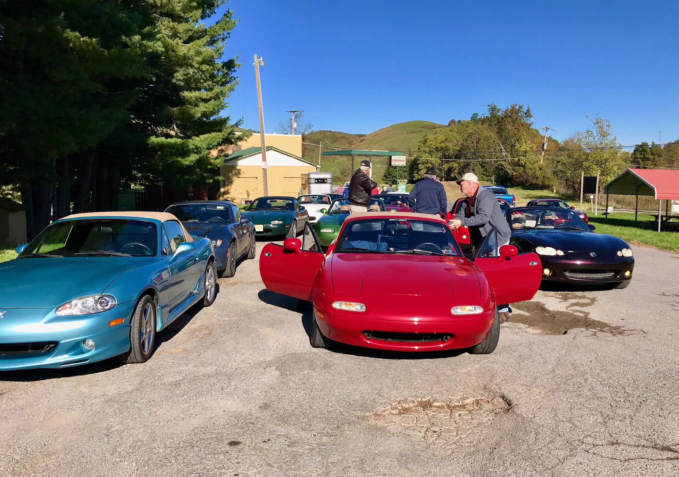 After driving the Back of the Dragon, we stopped at Thompson Valley Market.