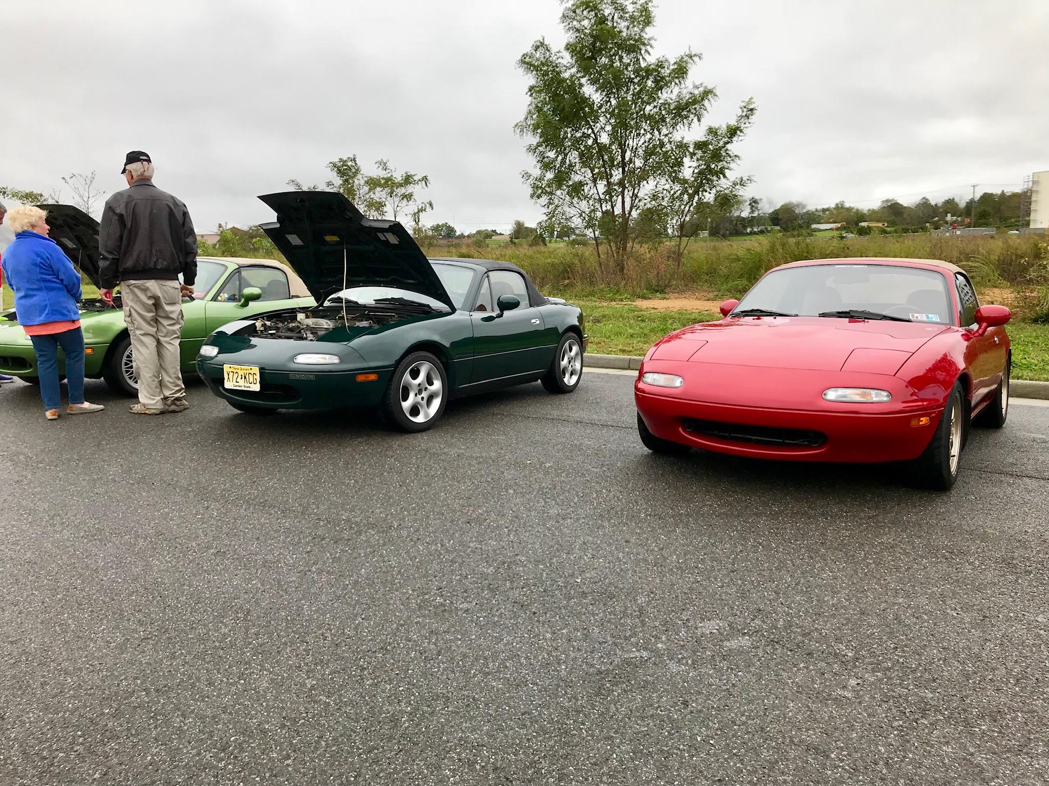 Saturday morning Car Show - NA's