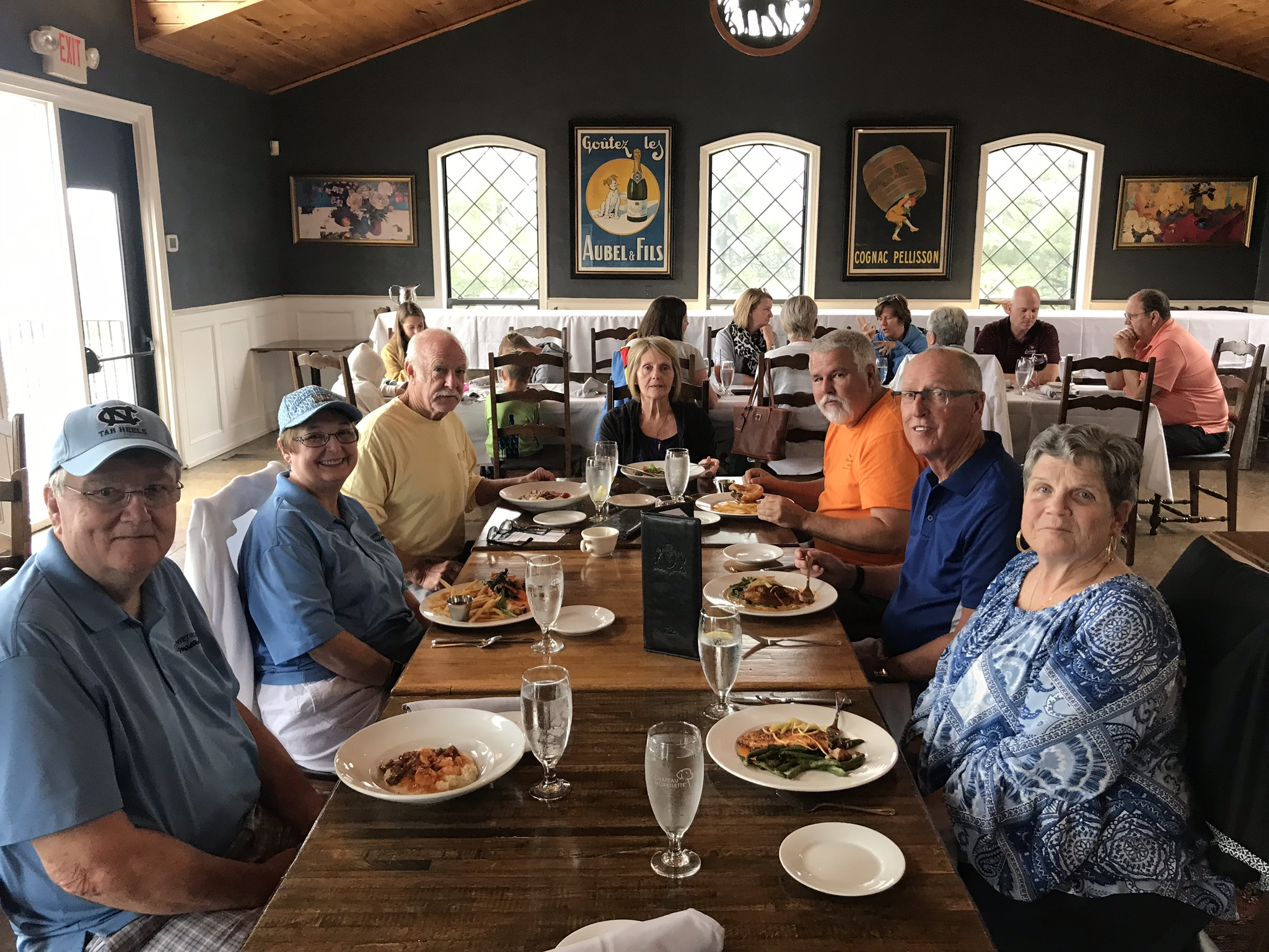 Delicious lunch! Clockwise from left:  Jim & Cathy Pickett, Tom Gagnier, Cindy & Tim Beard, Norbert & Sharon Skolimowski