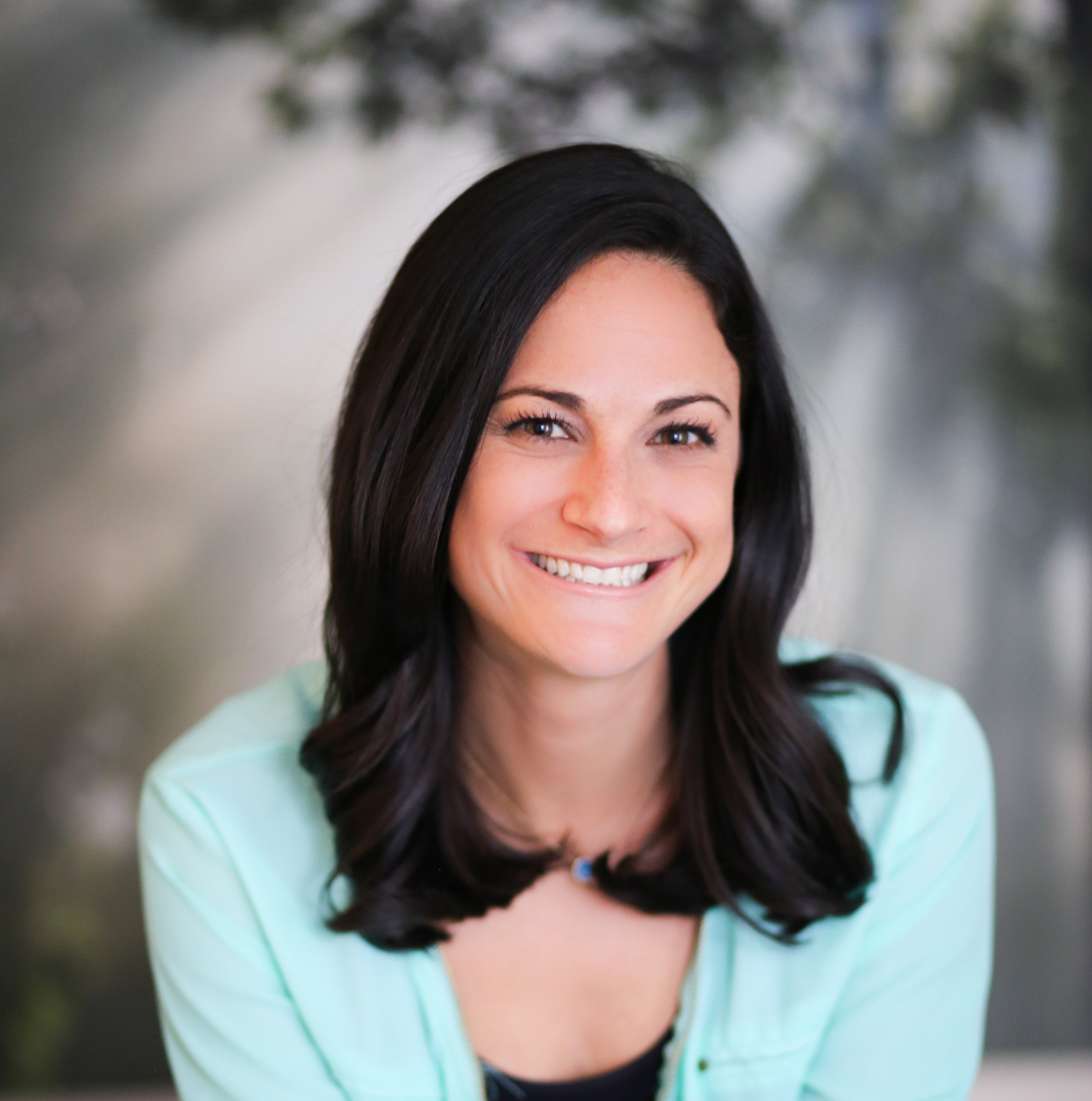 Kaylee Rutchik Stix, LCSW   Kaylee is an integrative psychotherapist and yoga teacher providing individual psychotherapy.   Specialties: anxiety, depression, transitions, relationship and dating, young adults
