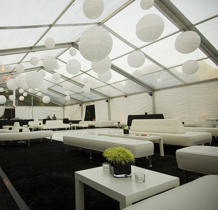 white-lounge.jpg