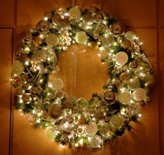 island-wreath1.jpg