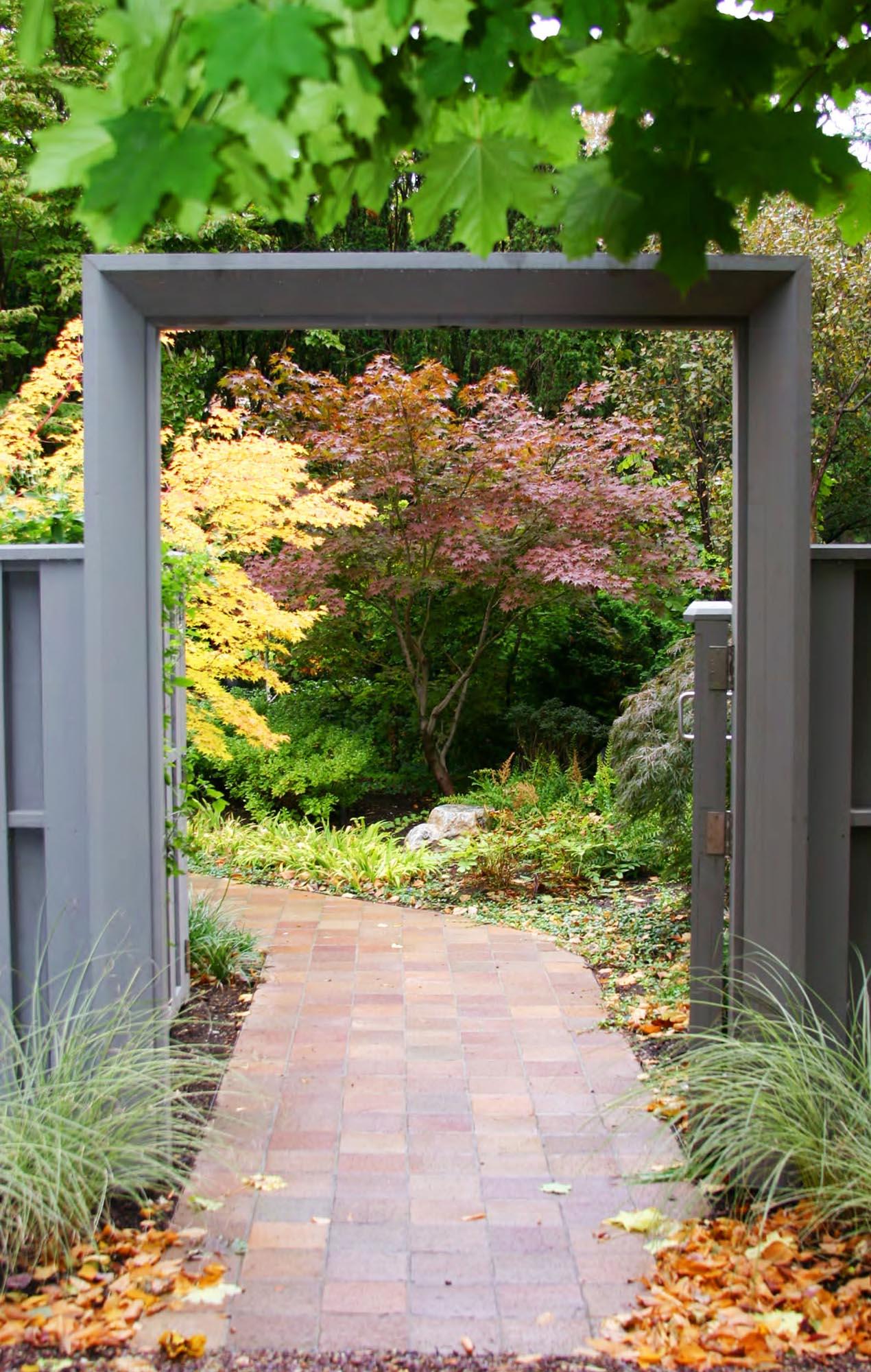 Thomas Wirth Associates garden design at Brattle Street