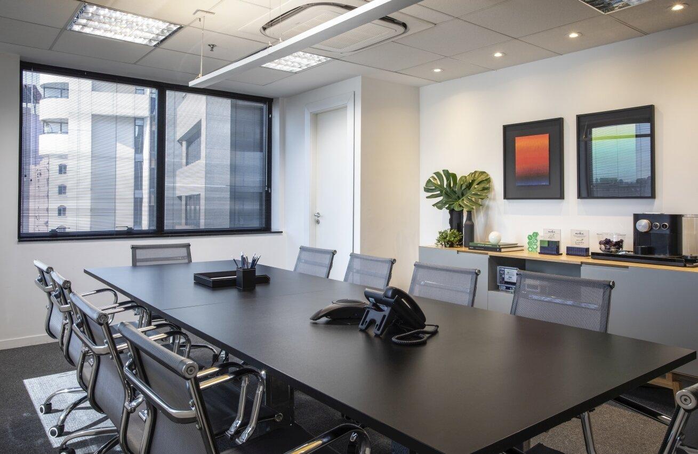 Foto Escritório - sala reunião 1.jpg