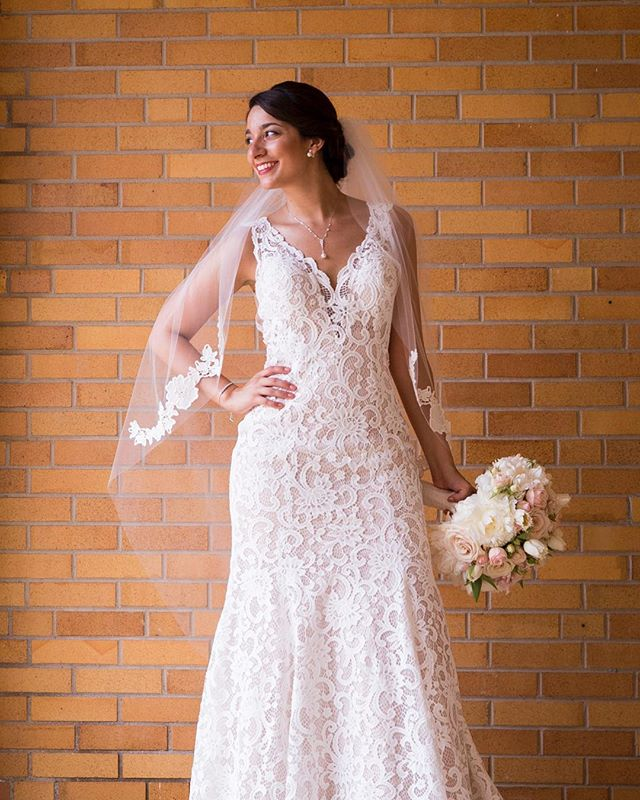 When you can't help but smile because you feel as great as you look 🙌🏽💐💯 . . . . . #weddingdress #wedding #laceweddingdress #smile #portrait #weddingportrait #weddingphotography #weddingphotographer #happy